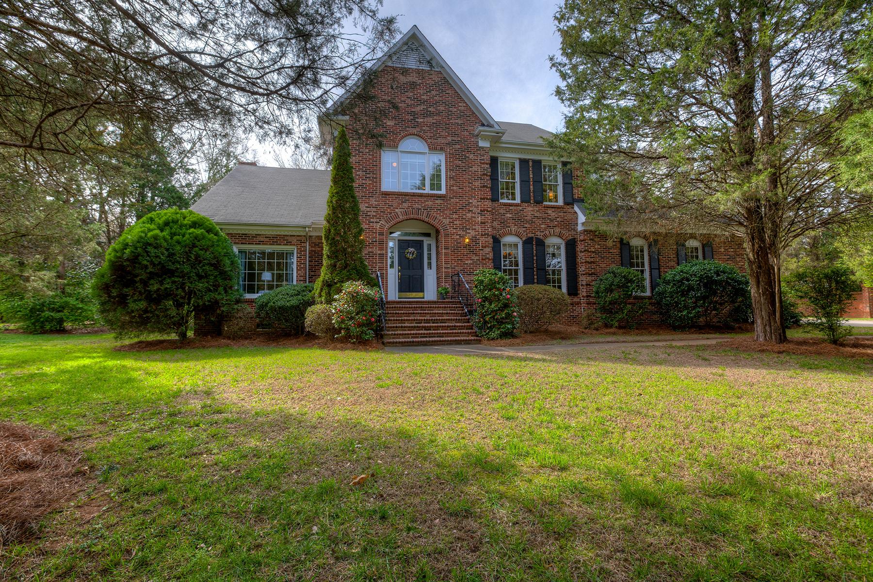 Vivienda unifamiliar por un Venta en MONTIBELLO 3216 Broadfield Rd Charlotte, Carolina Del Norte, 28226 Estados Unidos