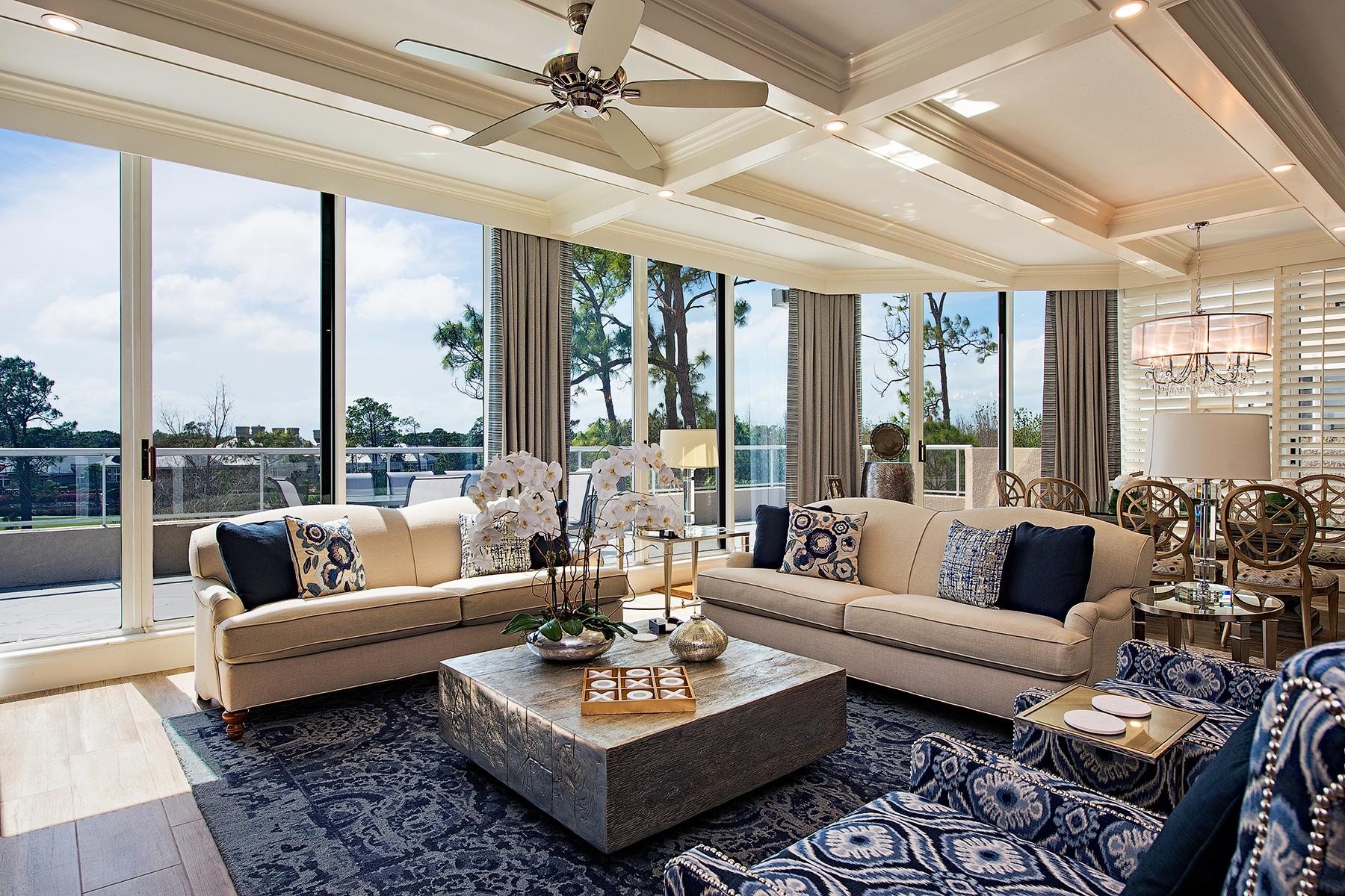 Eigentumswohnung für Verkauf beim Naples 2640 Grey Oaks Dr N B-28 Naples, Florida, 34105 Vereinigte Staaten