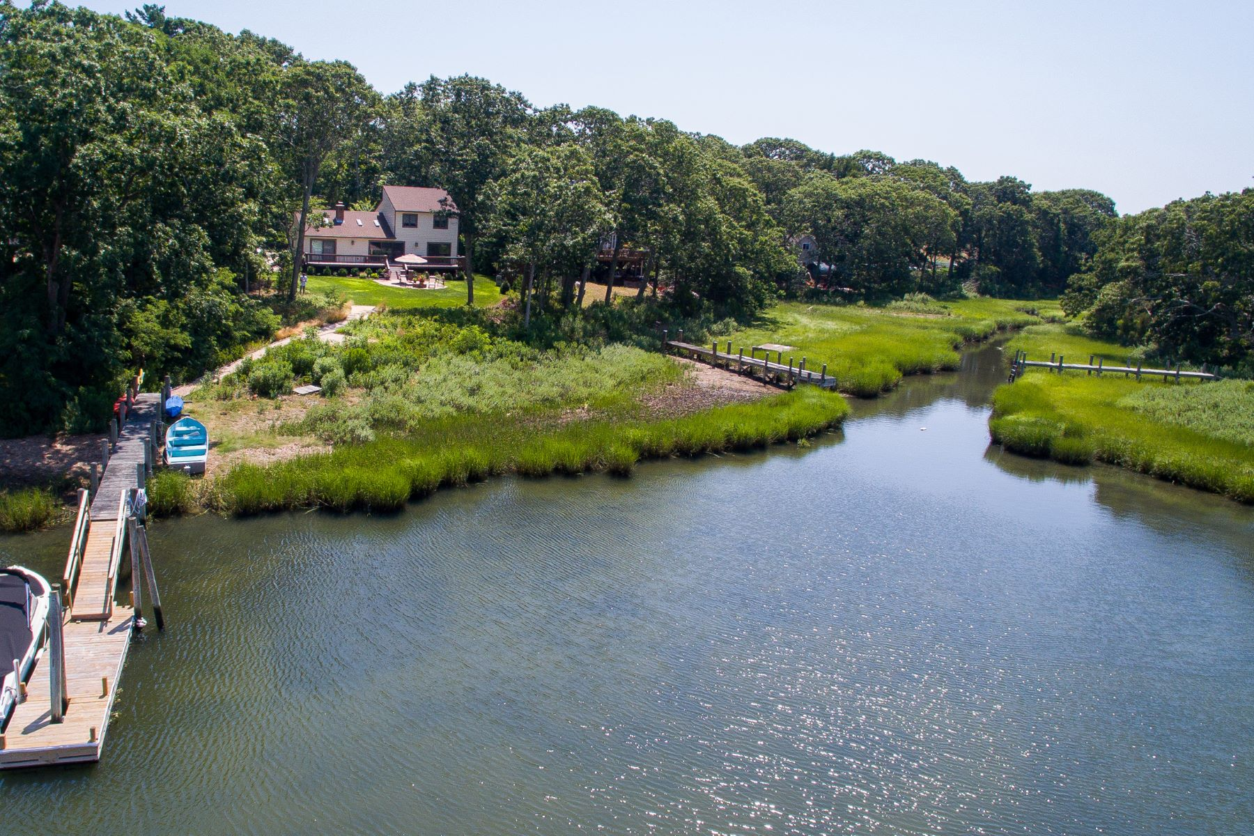 Single Family Home for Sale at 387 Wood Ln , Peconic, NY 11958 387 Wood Ln Peconic, New York, 11958 United States