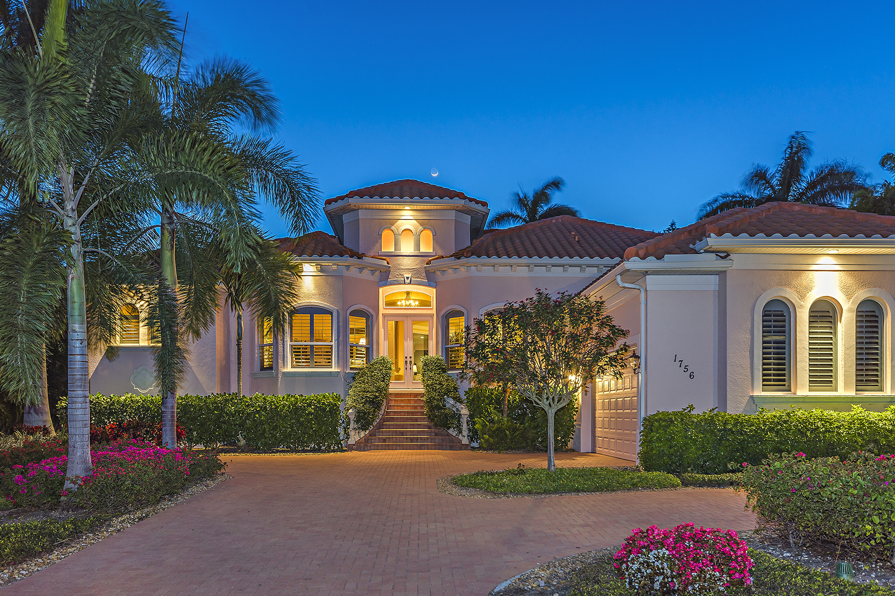 Single Family Home for Sale at AQUALANE SHORES 1756 3rd St S, Naples, Florida 34102 United States