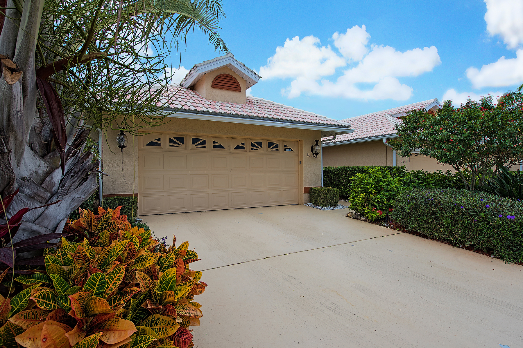 Townhouse for Sale at LELY COUNTRY CLUB - PALOMINO VILLAGE 8131 Palomino Dr Naples, Florida, 34113 United States