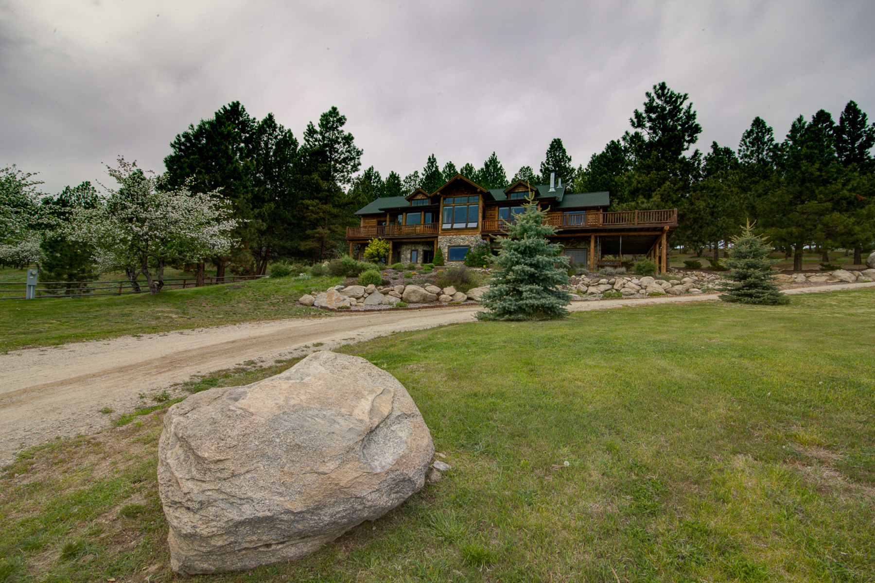 Additional photo for property listing at 564 Stags Leap Road 564  Stags Leap Rd Darby, Montana 59829 United States