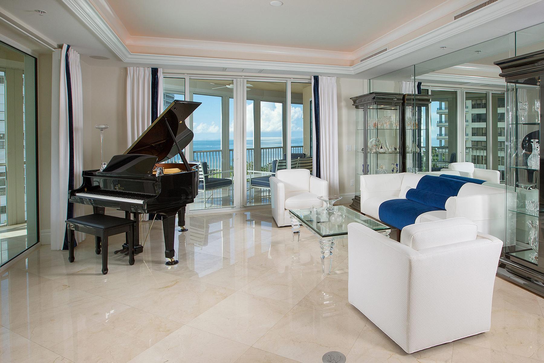 Condominio por un Venta en PARK SHORE - ARIA 4501 Gulf Shore Blvd N 901 Naples, Florida, 34103 Estados Unidos