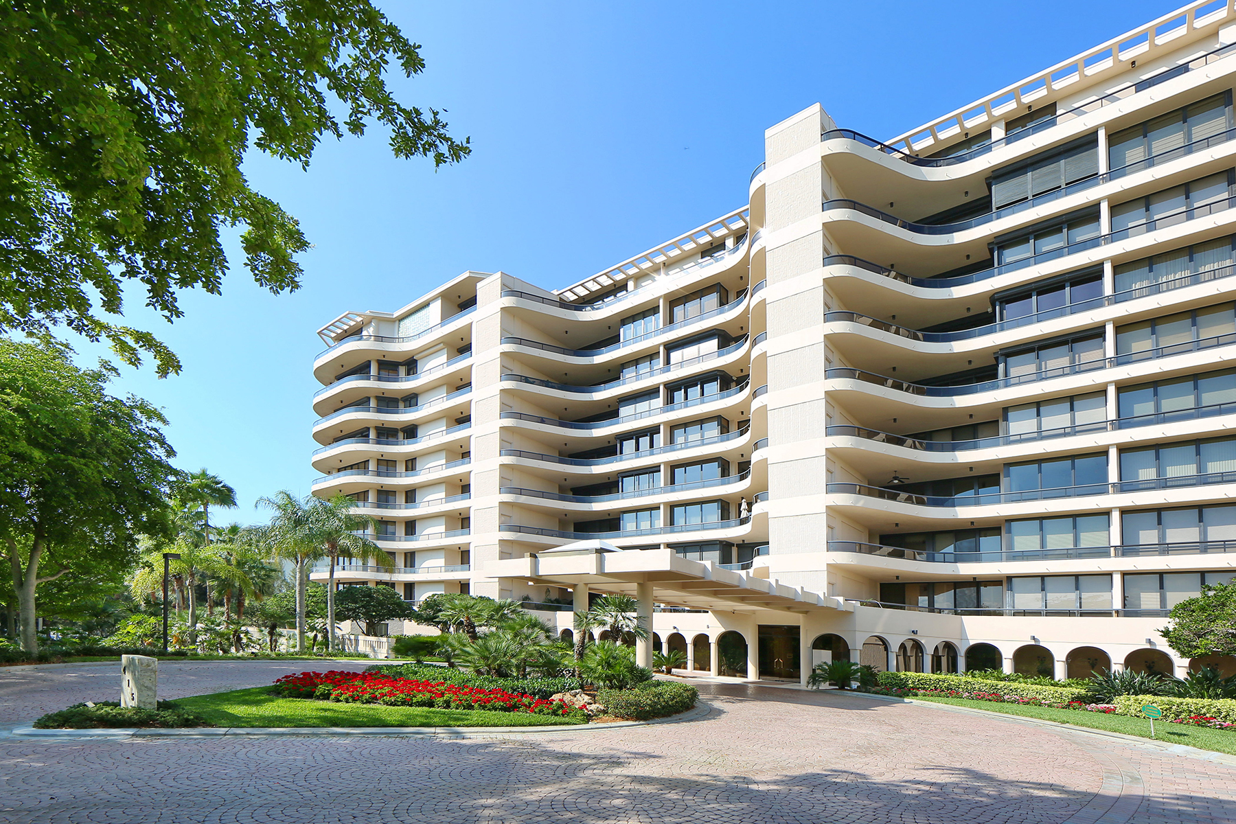 Condominium for Sale at L AMBIANCE AT LONGBOAT KEY 415 L Ambiance Dr C704-5 Longboat Key, Florida 34228 United States