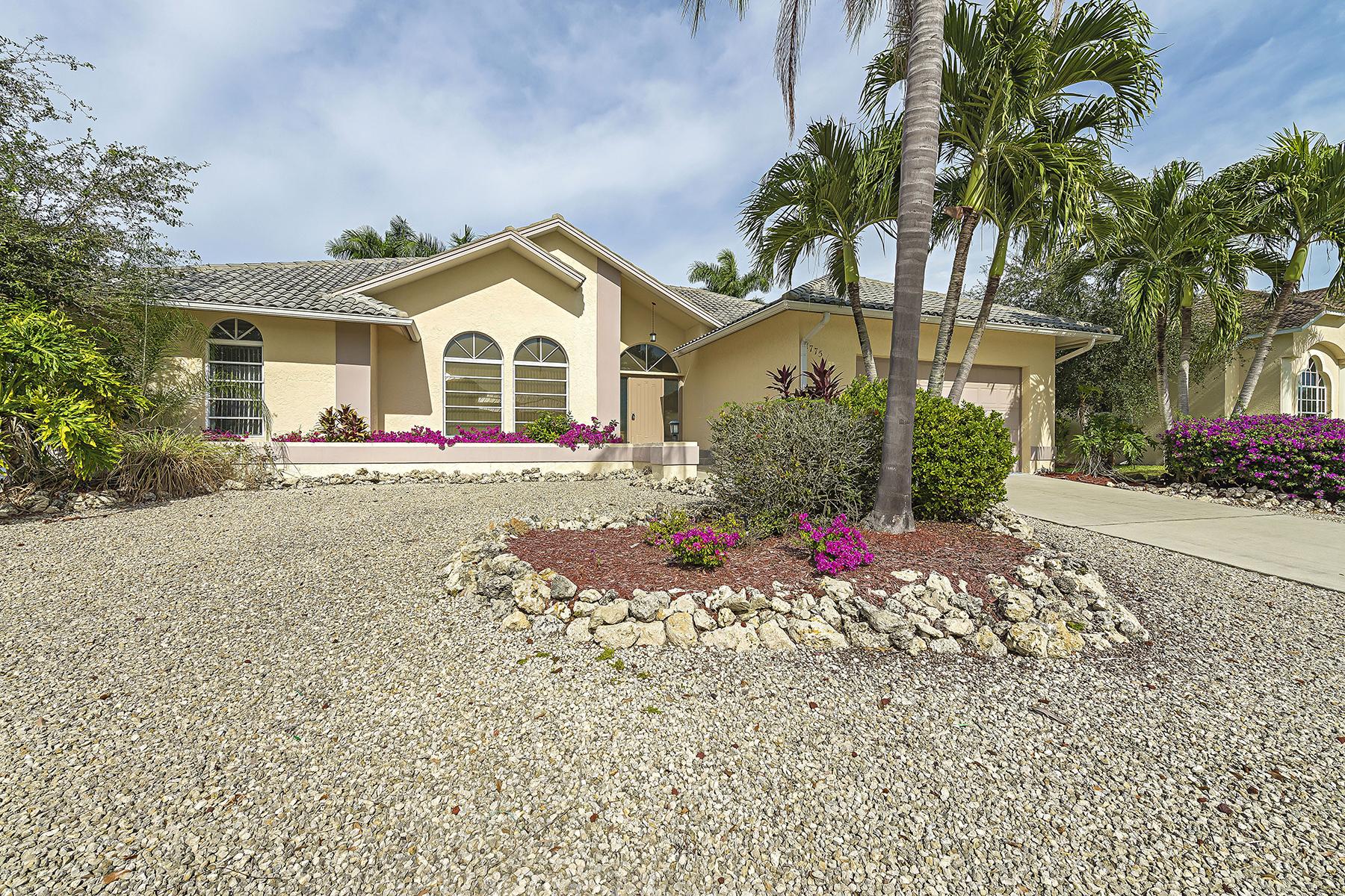 Частный односемейный дом для того Продажа на MARCO ISLAND - WATERFALL CT. 1775 Waterfall Ct Marco Island, Флорида, 34145 Соединенные Штаты