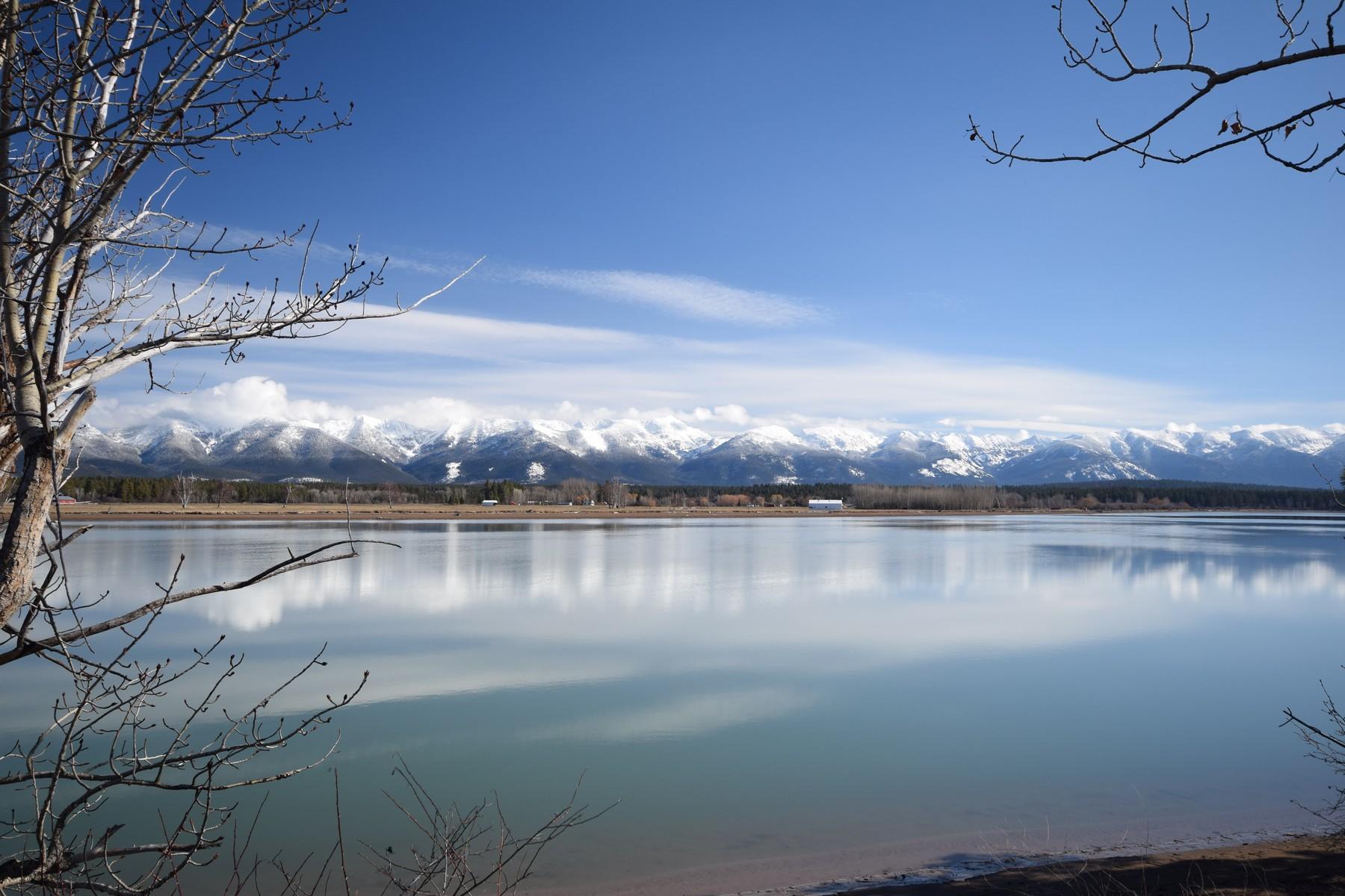 Terrain pour l Vente à Flathead River Acreage 37 Mountain Star Shores Rd Kalispell, Montana, 59901 États-Unis