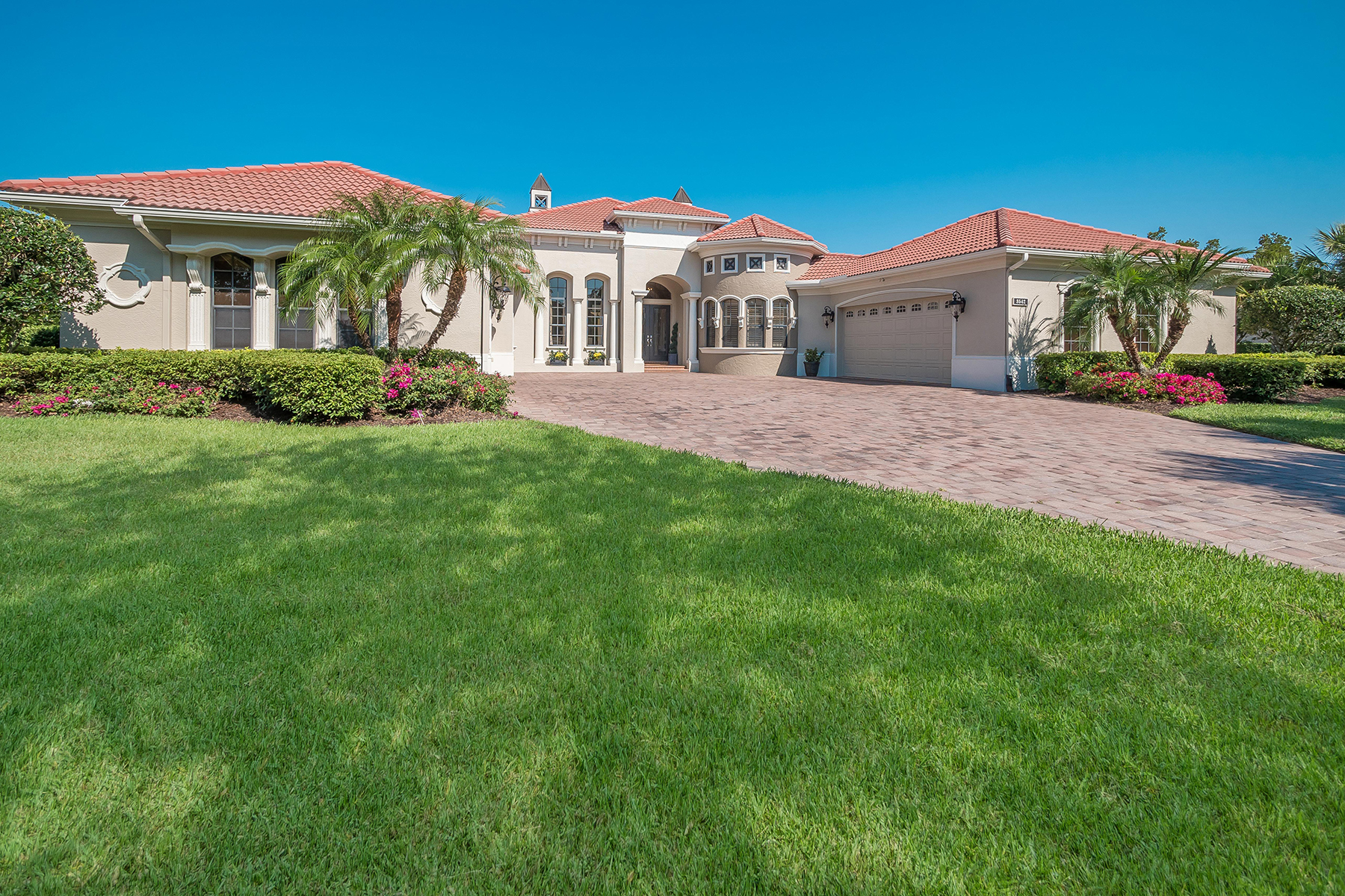 단독 가정 주택 용 매매 에 FOUNDERS CLUB 3542 Founders Club Dr Sarasota, 플로리다, 34240 미국