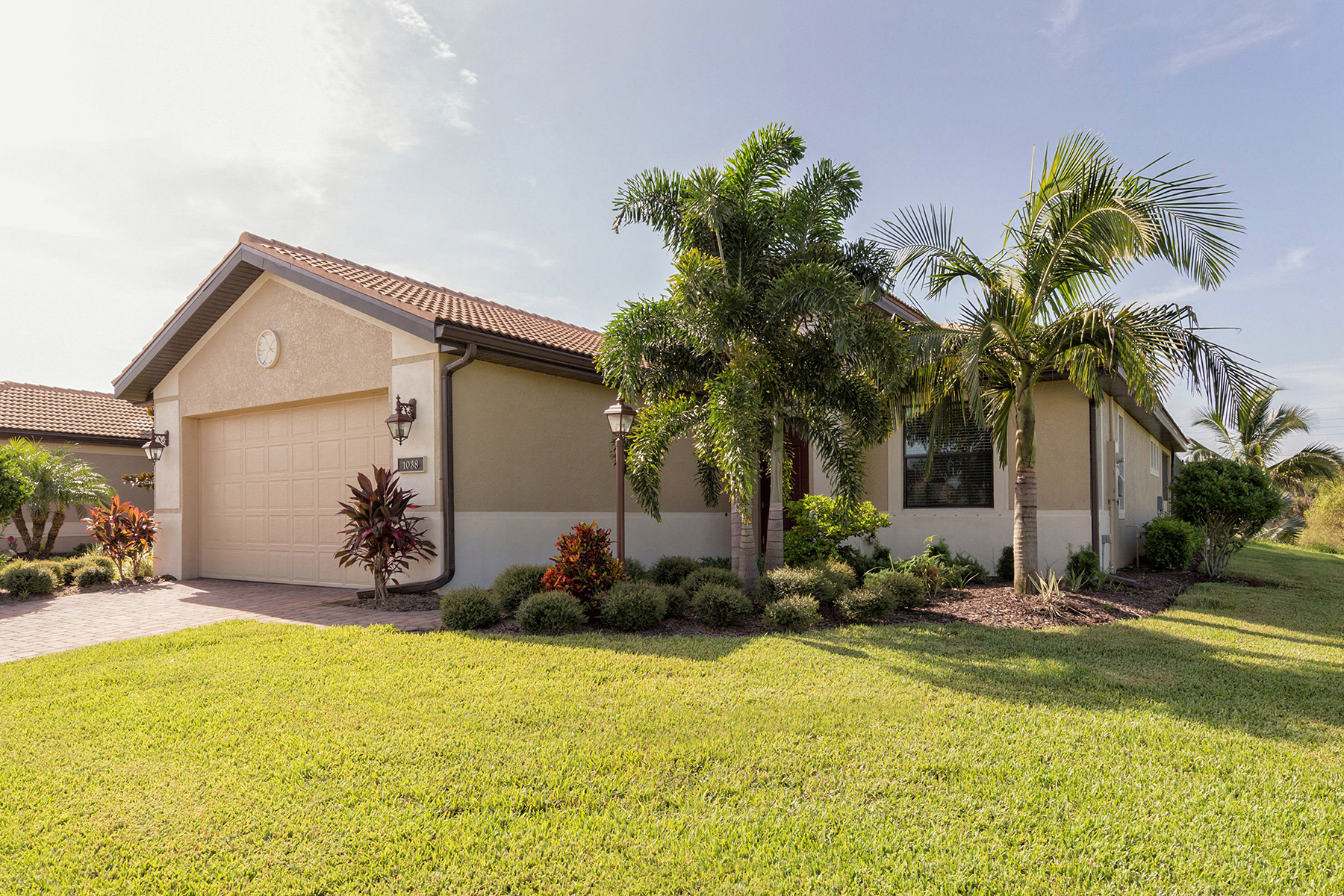 Single Family Home for Sale at WILLOW CHASE 1038 Ancora Blvd North Venice, Florida, 34275 United States
