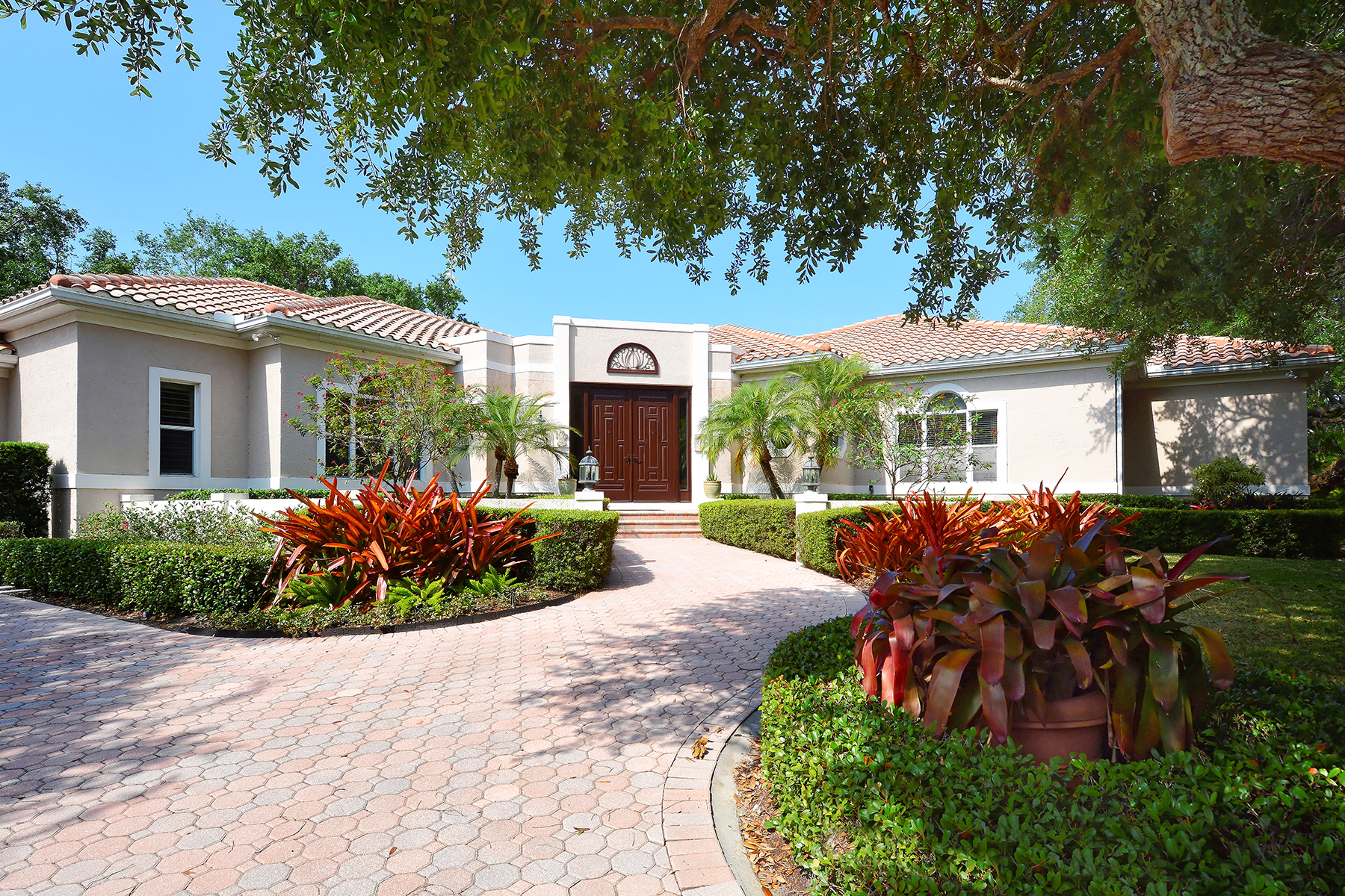 Single Family Home for Sale at 3347 Sabal Cove Way , Longboat Key, FL 34228 3347 Sabal Cove Way, Longboat Key, Florida 34228 United States