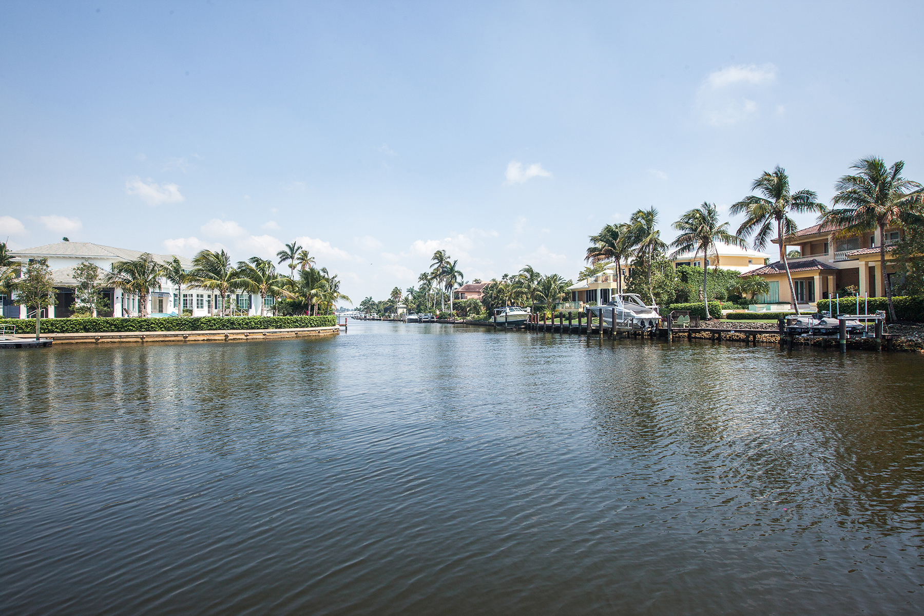 Additional photo for property listing at AQUALANE SHORES 2027  5th St  S,  Naples, Florida 34102 United States