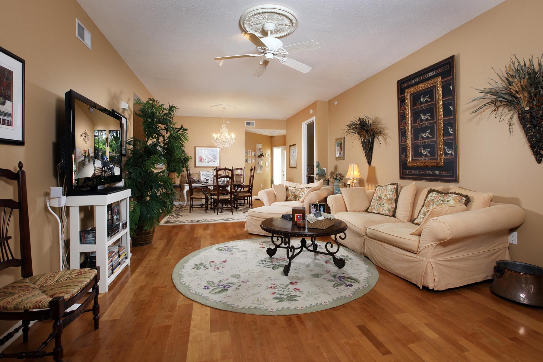 Appartement en copropriété pour l Vente à FIDDLERS CREEK 3975 Deer Crossing Ct 102 Naples, Florida, 34114 États-Unis