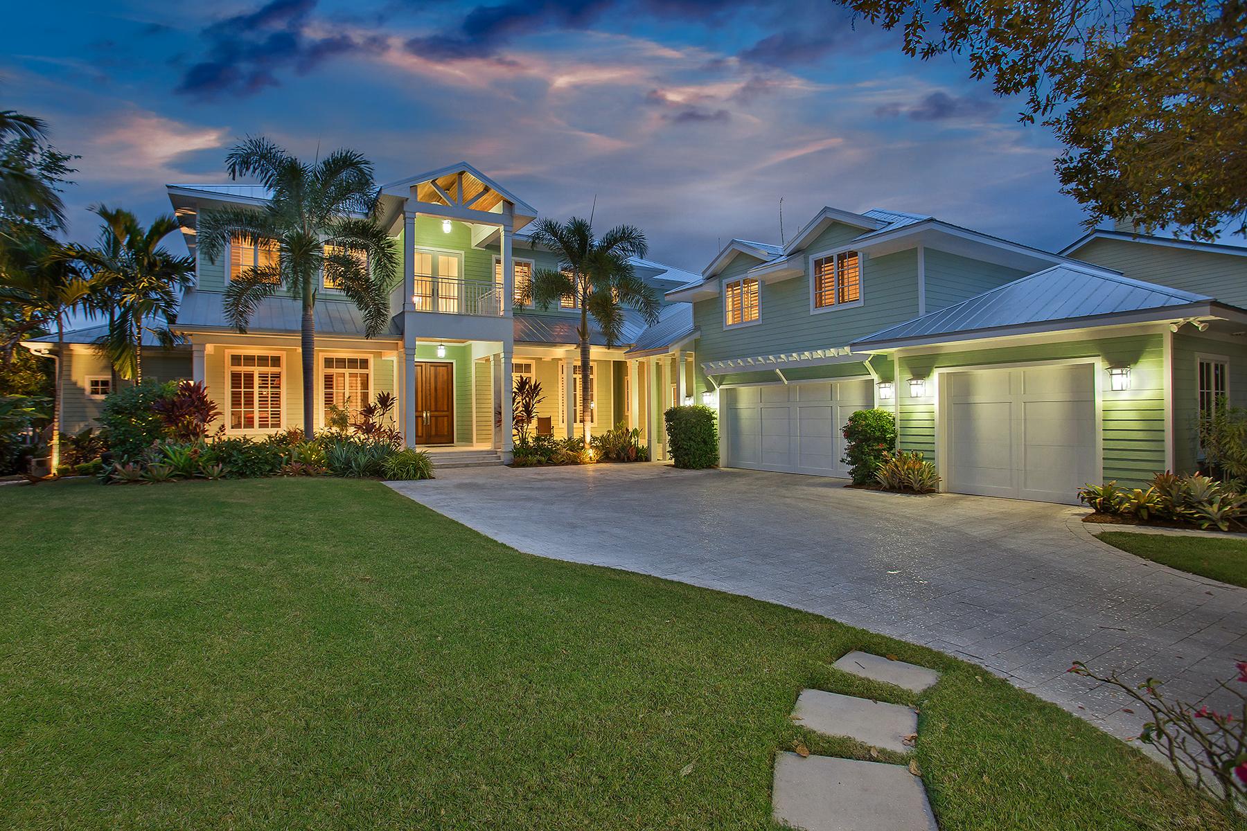 Tek Ailelik Ev için Satış at CORAL COVE 7462 Cove Terr Sarasota, Florida, 34231 Amerika Birleşik Devletleri