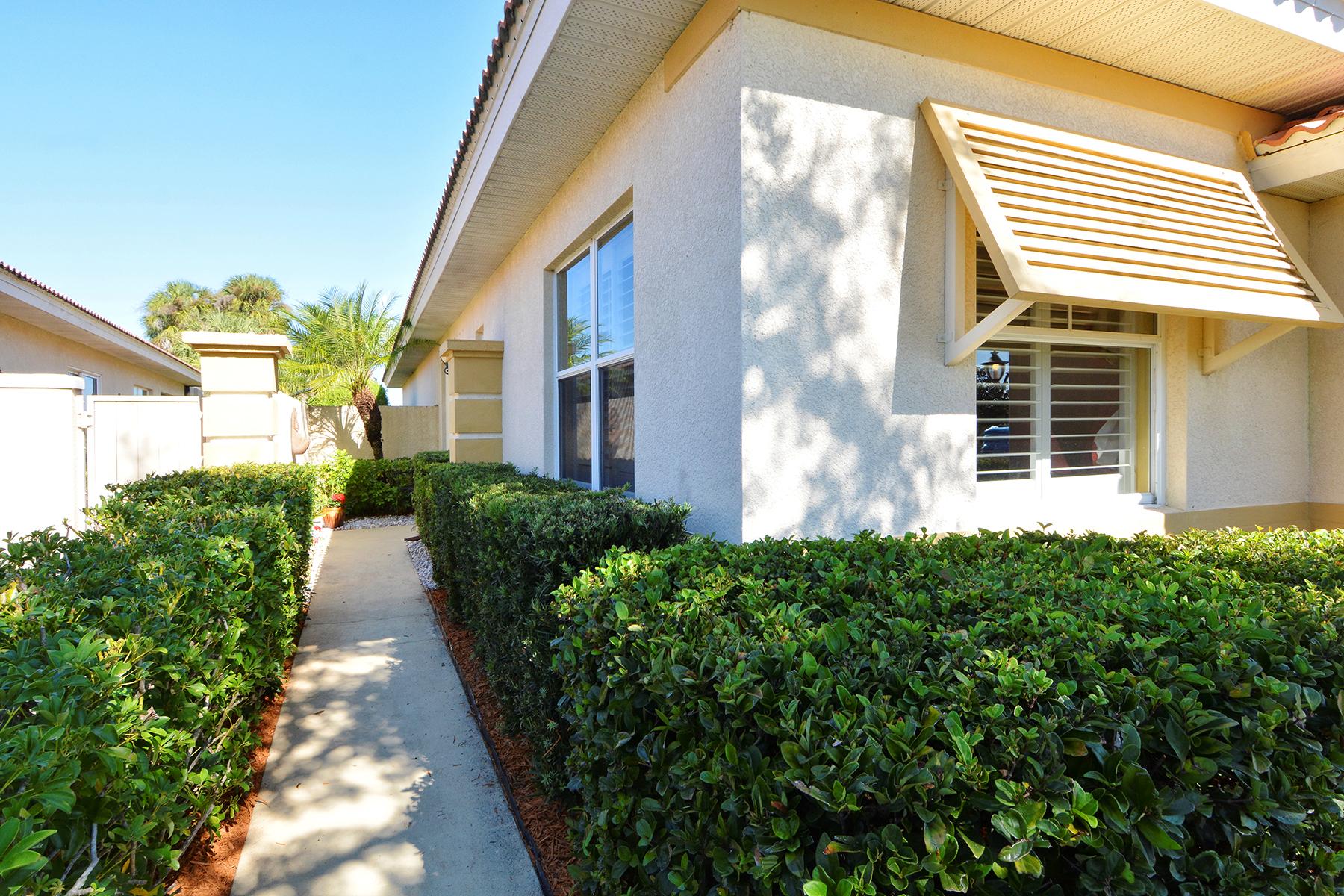 Casa para uma família para Venda às VENETIAN GOLF & RIVER CLUB 250 Padova Way North Venice, Florida, 34275 Estados Unidos