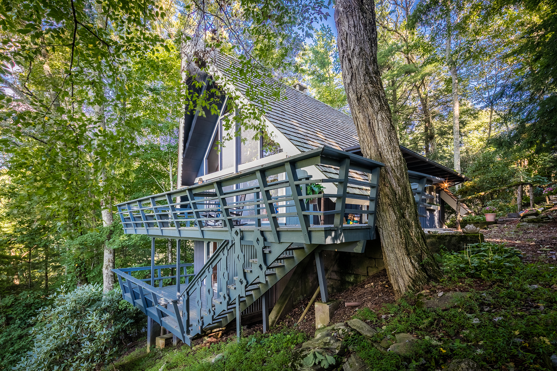Single Family Home for Sale at HOUND EARS 132 Aspen, Boone, North Carolina, 28607 United States