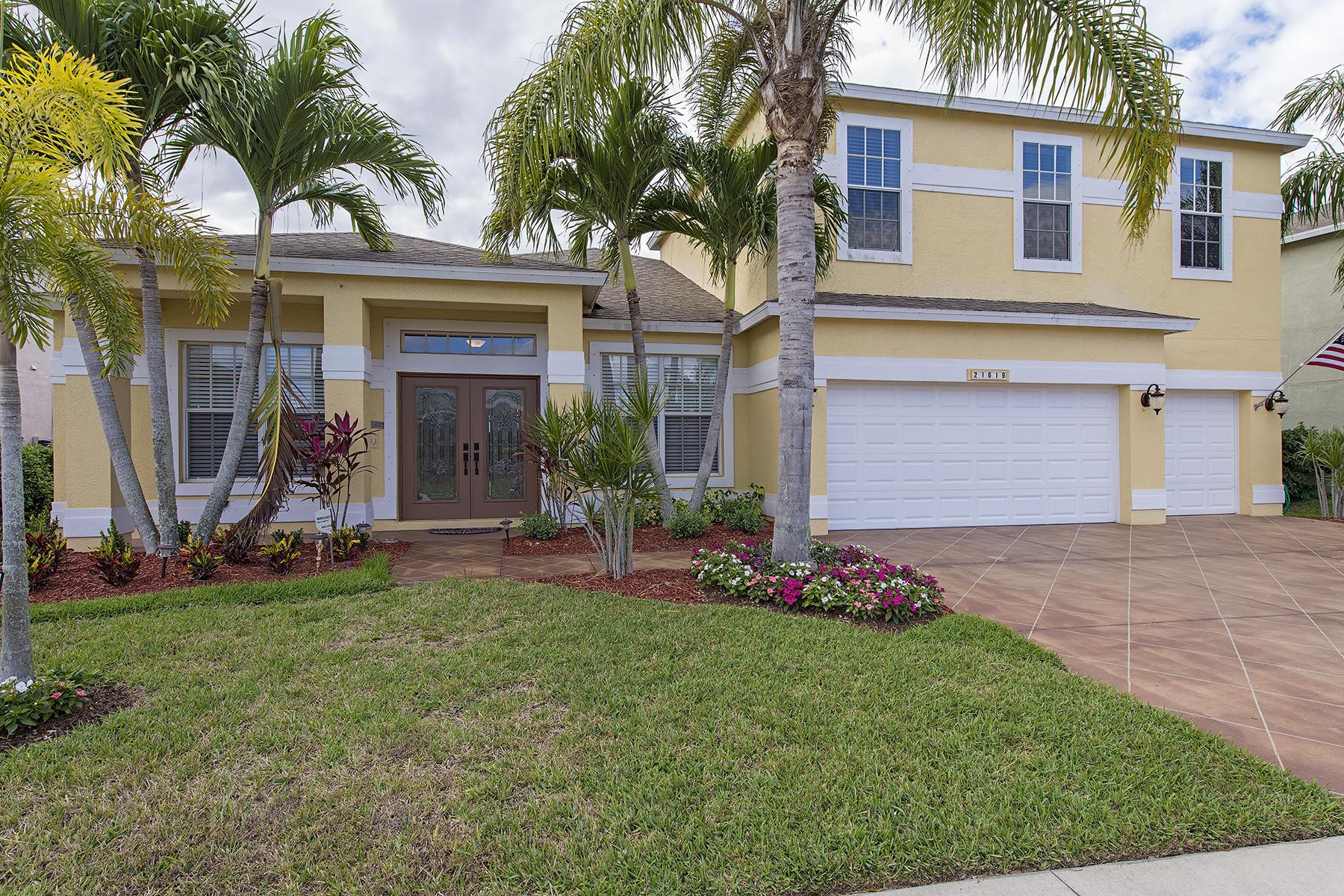 Nhà ở một gia đình vì Bán tại STONEYBROOK 21619 Helmsdale Estero, Florida, 33928 Hoa Kỳ