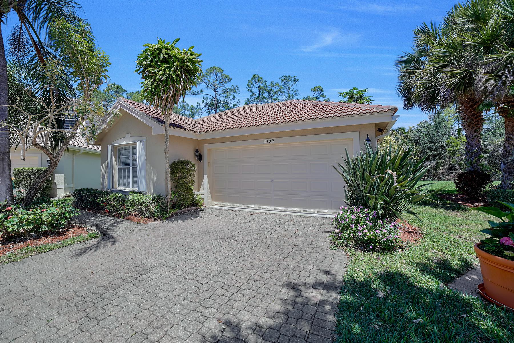 단독 가정 주택 용 매매 에 SATURNIA LAKES 1309 Triandra Ln Naples, 플로리다, 34119 미국