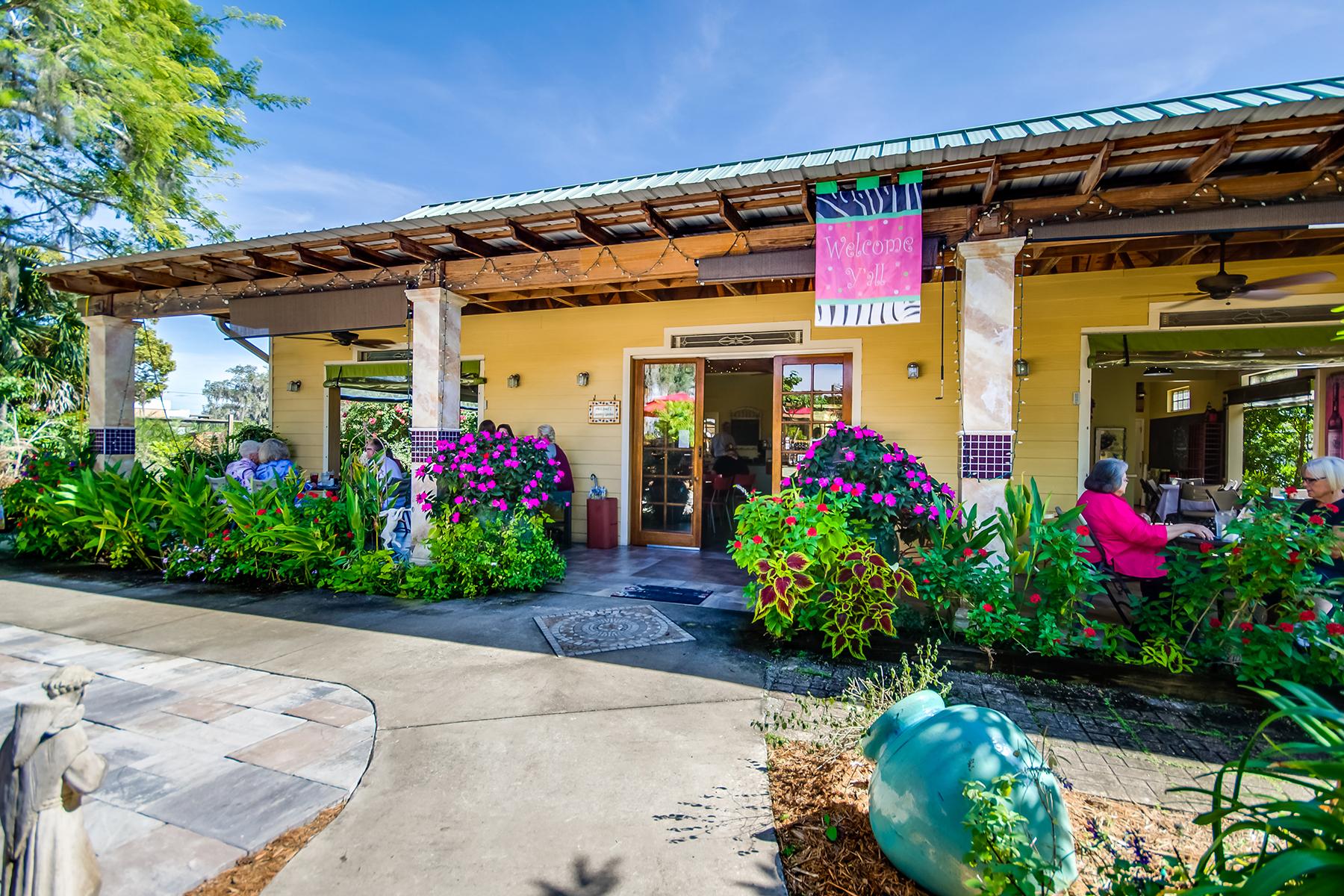 Commercial for Sale at SEBRING FLORIDA 420 N Ridgewood Dr, Sebring, Florida 33870 United States