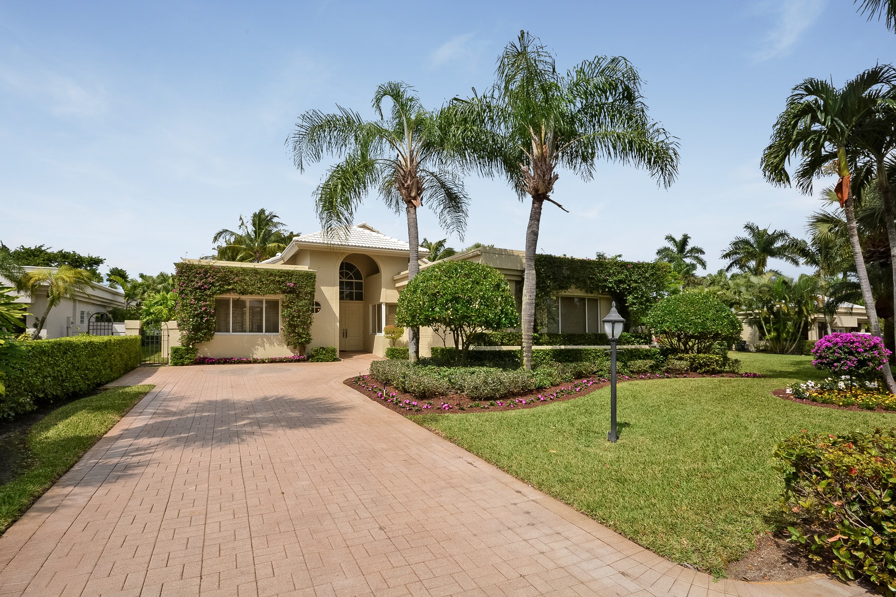 Single Family Home for Sale at 17345 Loch Lomond Way , Boca Raton, FL 33496 17345 Loch Lomond Way Boca Raton, Florida, 33496 United States