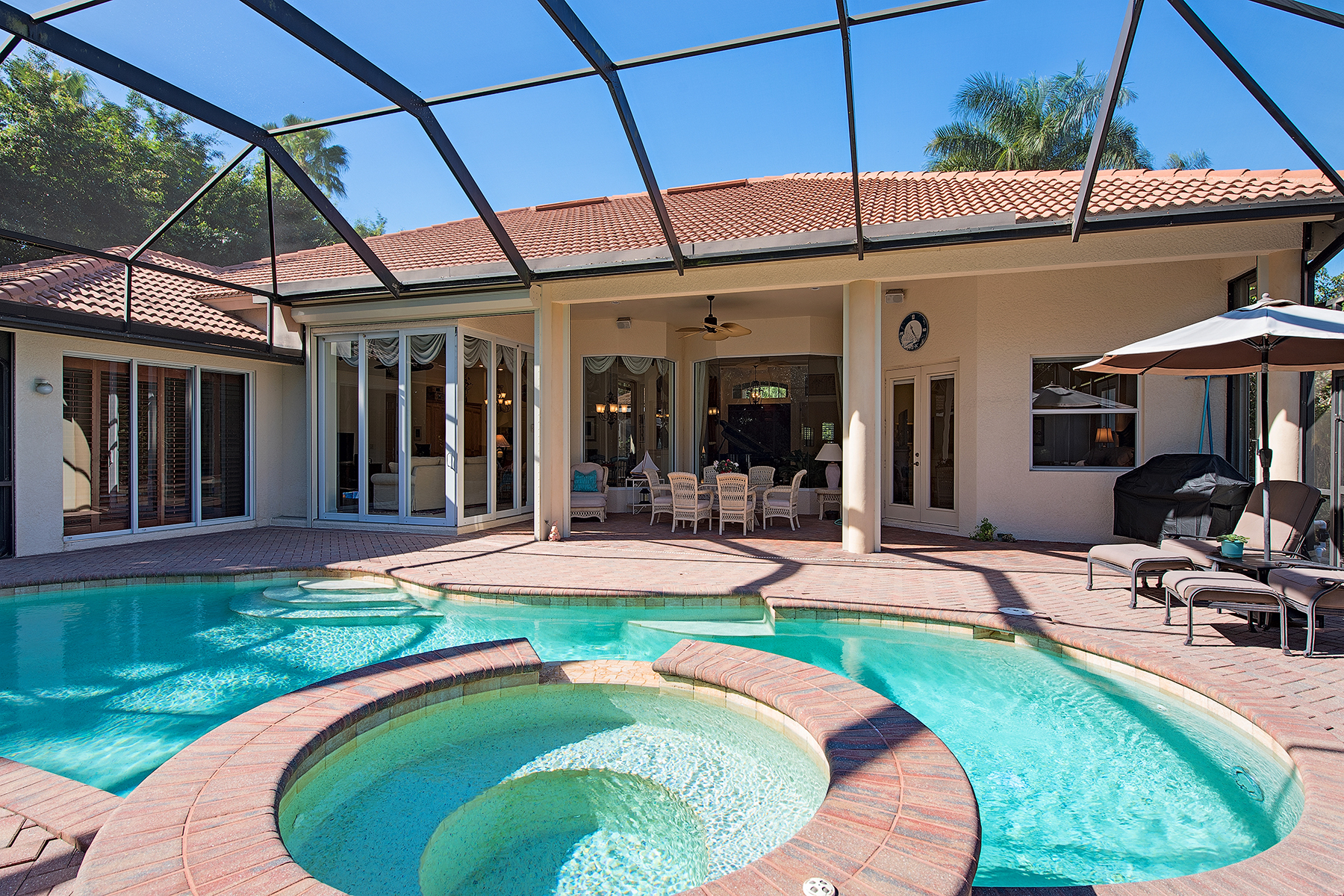 Single Family Home for Sale at Naples 2390 Turnberry Ct, Naples, Florida 34109 United States