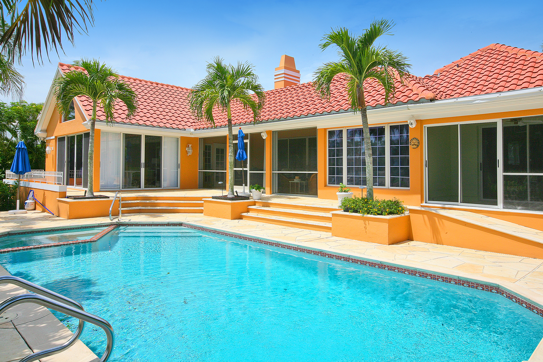 Additional photo for property listing at PORT ROYAL 3275  Gin Ln,  Naples, Florida 34102 United States