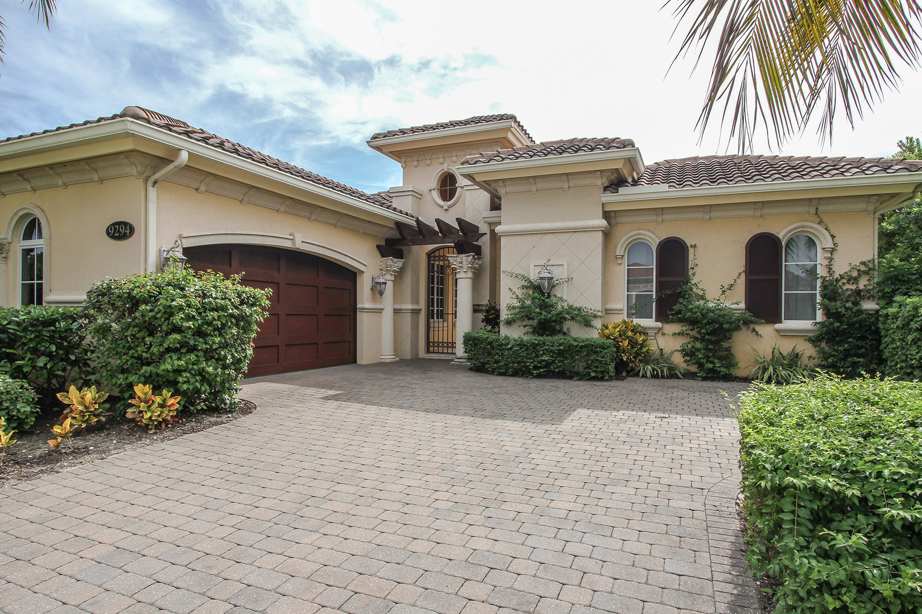 Single Family Home for Rent at FIDDLERS CREEK - CHIASSO 9294 Chiasso Cove Ct, Naples, Florida 34114 United States