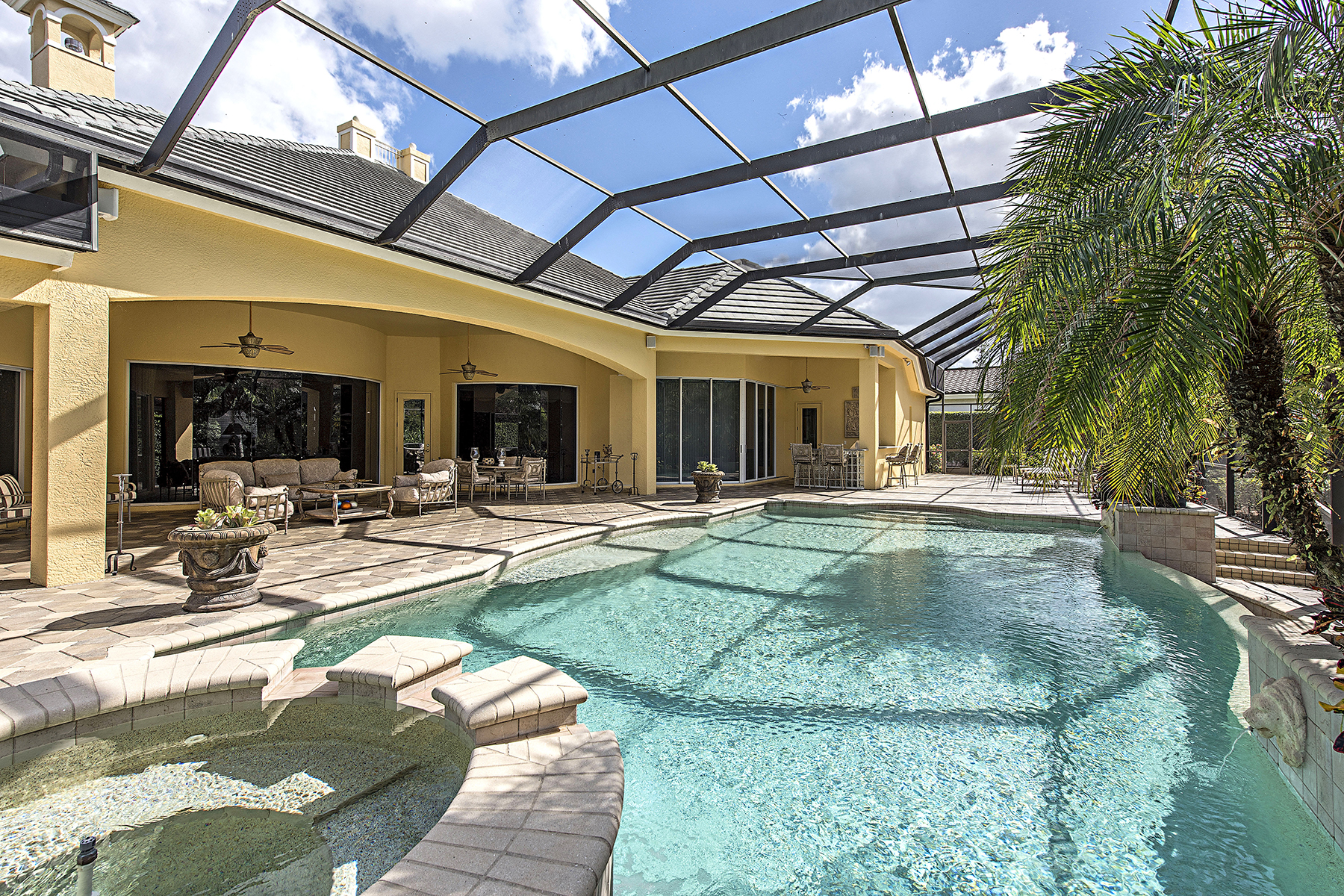 Single Family Home for Sale at PELICAN MARSH - BAY LAUREL ESTATES 8707 Purslane Dr, Naples, Florida 34109 United States