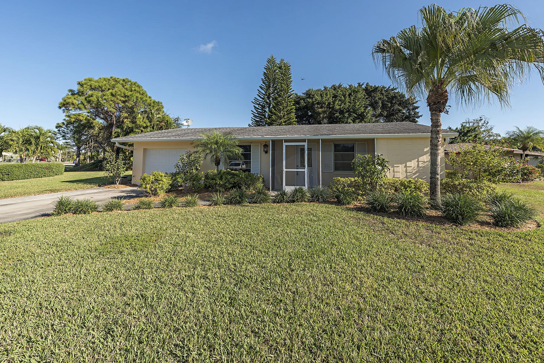 一戸建て のために 売買 アット Naples 27 Maui Cir Naples, フロリダ, 34112 アメリカ合衆国