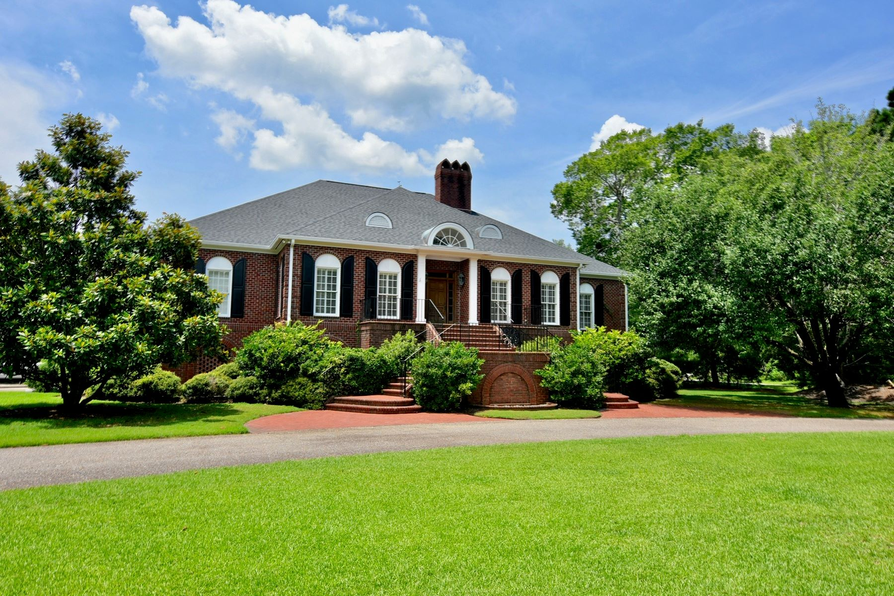 Single Family Home for Sale at 2610 Wallace Pate Dr., Georgetown, SC 29440 2610 Wallace Pate Dr. Georgetown, South Carolina 29440 United States