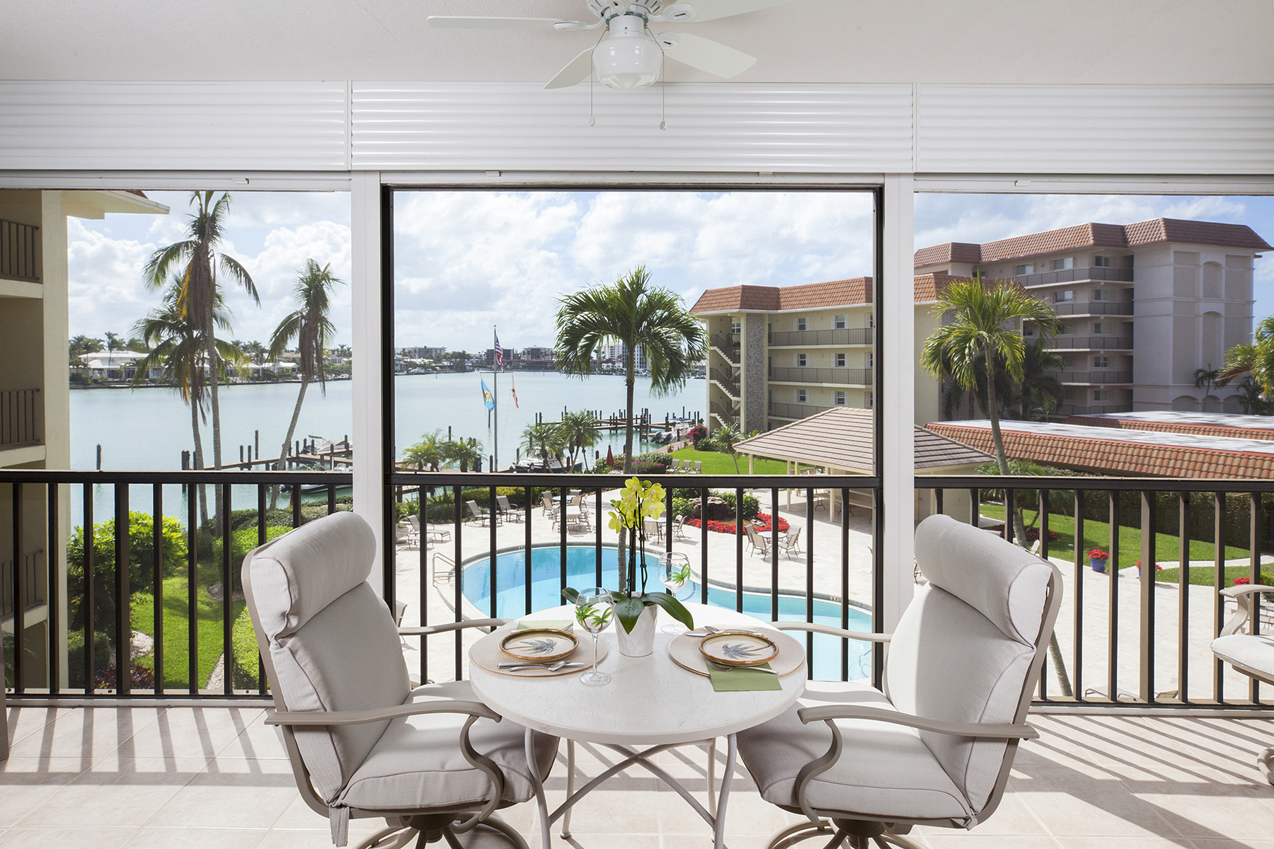 Condominium for Sale at MOORINGS - COMMODORE CLUB 222 Harbour Dr 306, Naples, Florida, 34103 United States