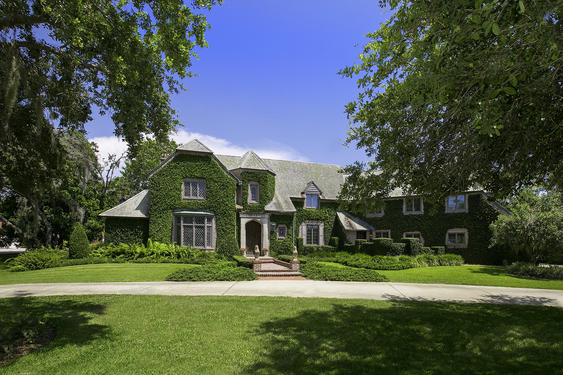 Maison unifamiliale pour l Vente à BAYOU BEND 1112 64th St NW Bradenton, Florida, 34209 États-Unis