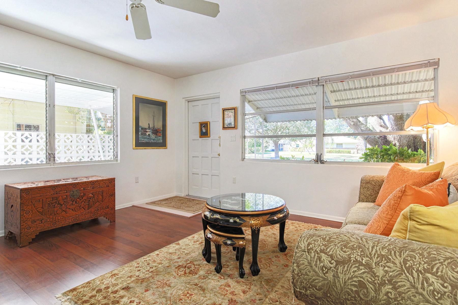 Additional photo for property listing at VENEZIA PARK - VENICE ISLAND 429  Harbor Dr  S,  Venice, Florida 34285 United States