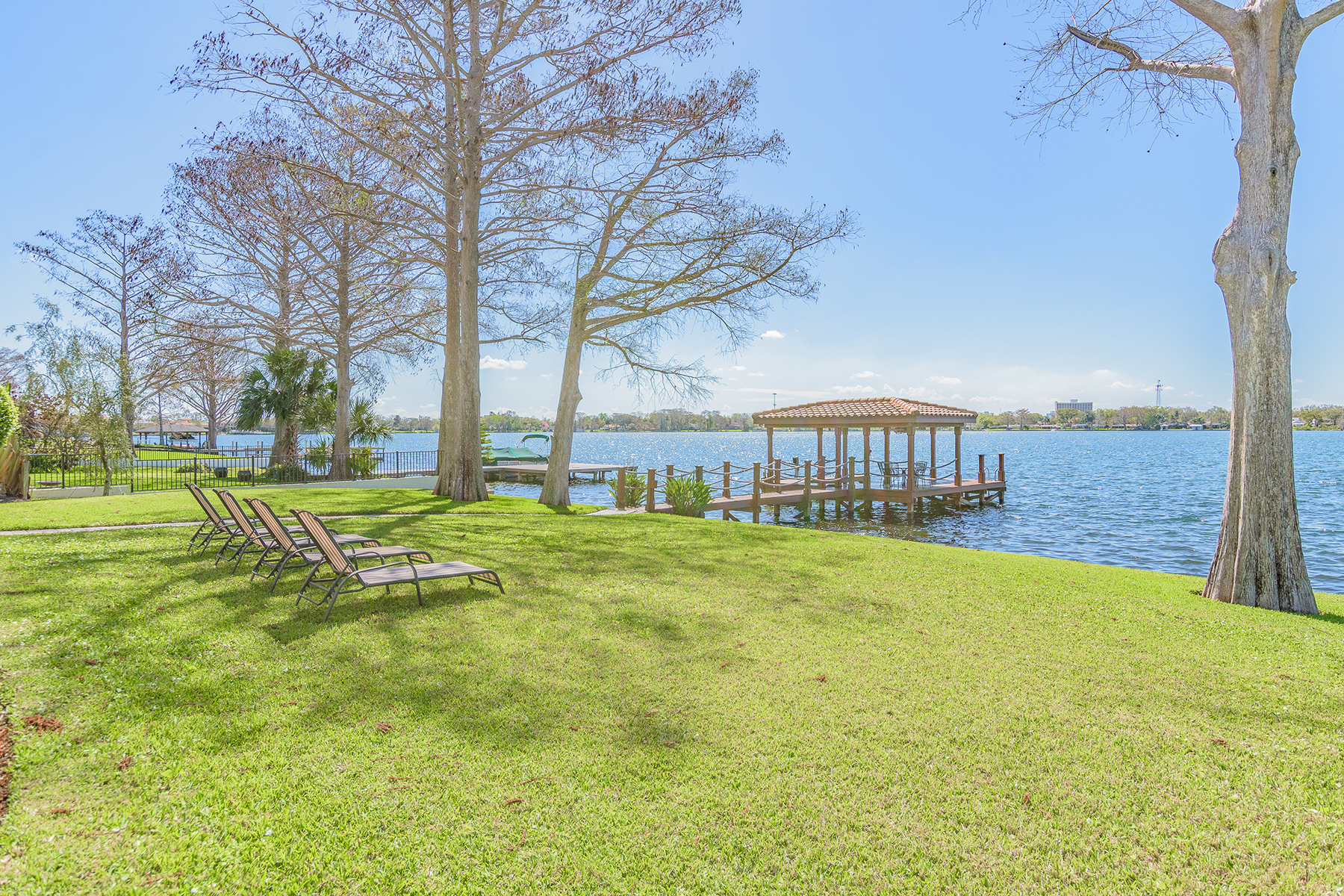 Additional photo for property listing at Winter Park 531  Lake Front Blvd,  Winter Park, Florida 32789 United States