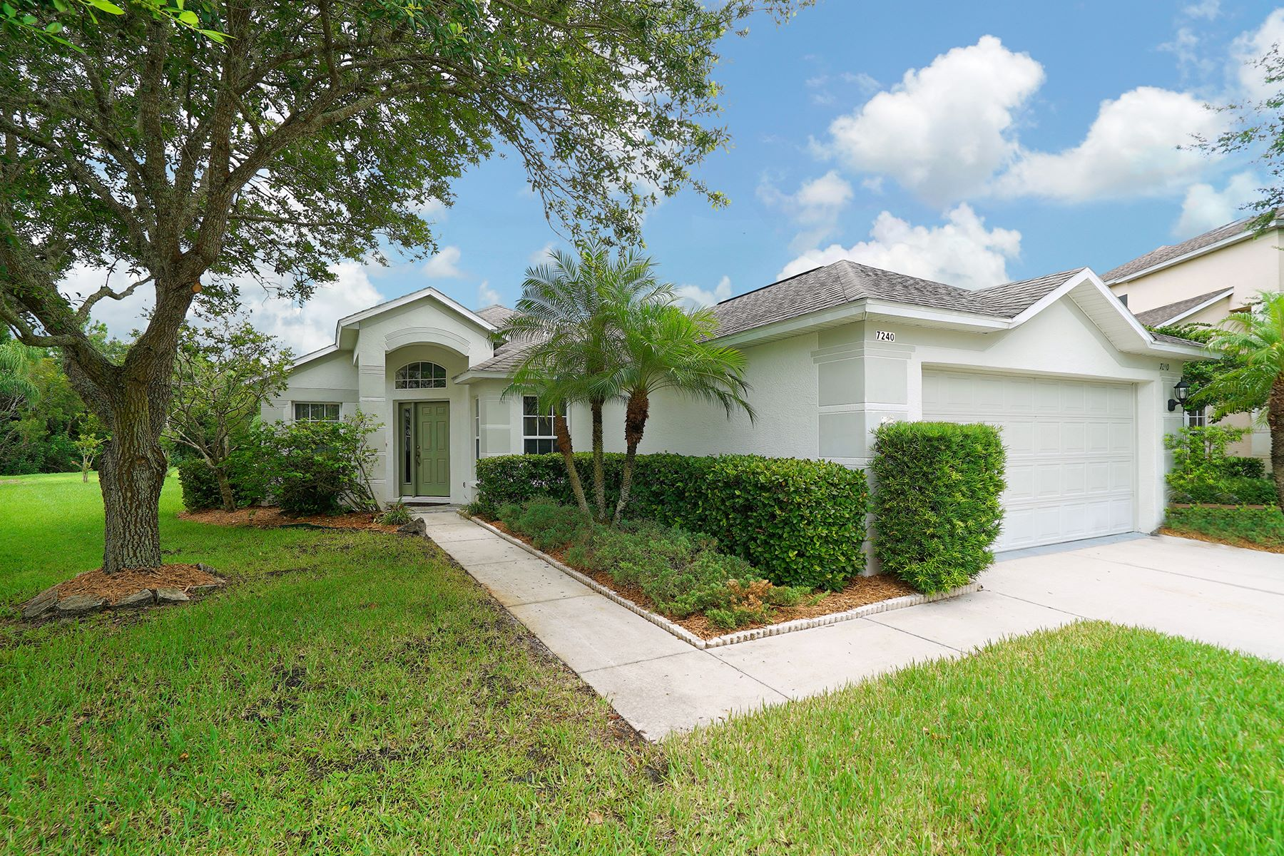 Single Family Home for Sale at RIVERWALK VILLAGE 7240 Spoonflower Ct, Lakewood Ranch, Florida 34202 United States