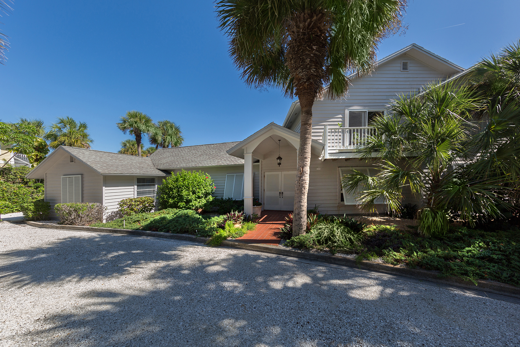 Single Family Home for Sale at CASEY KEY 3509 Casey Key Rd, Nokomis, Florida 34275 United States