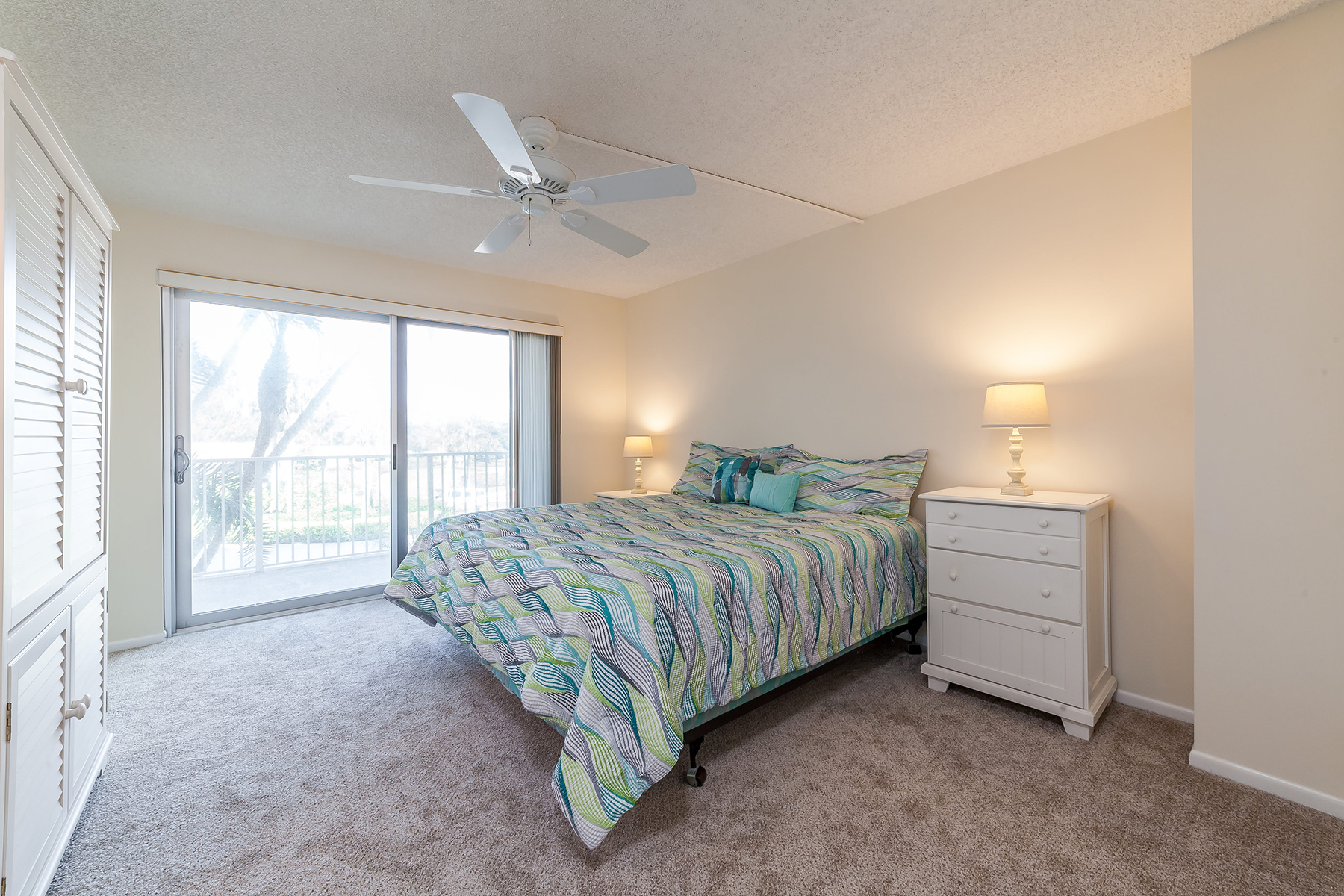 Condominium for Sale at LONGBOAT KEY 2295 Gulf Of Mexico Dr 24 Longboat Key, Florida, 34228 United States