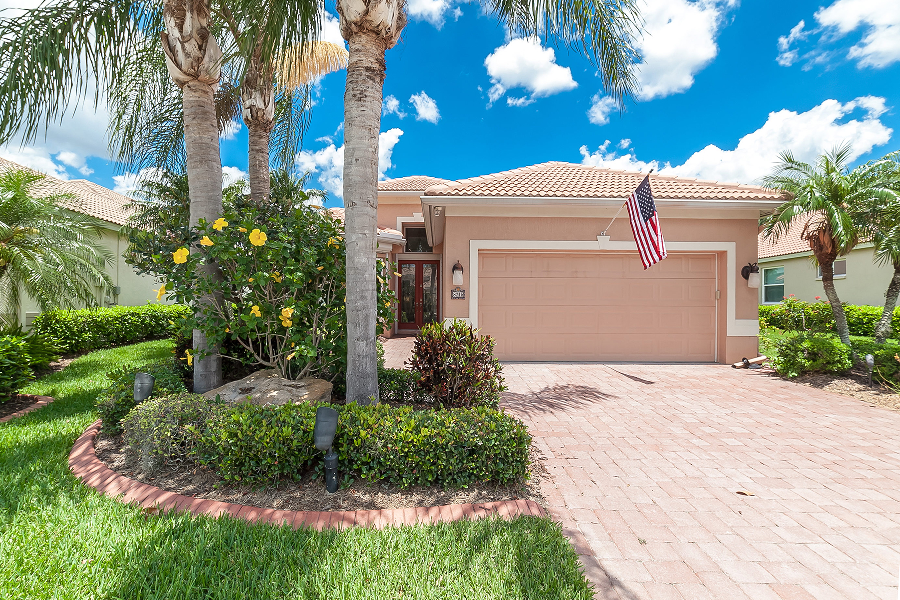 Single Family Home for Sale at TURTLE ROCK 8215 Nice Way Sarasota, Florida, 34238 United States
