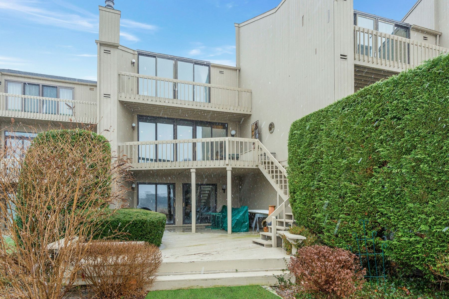 Appartement en copropriété pour l à vendre à 3 Sir Kenneth Ct , Northport, NY 11768 3 Sir Kenneth Ct, Northport, New York, 11768 États-Unis