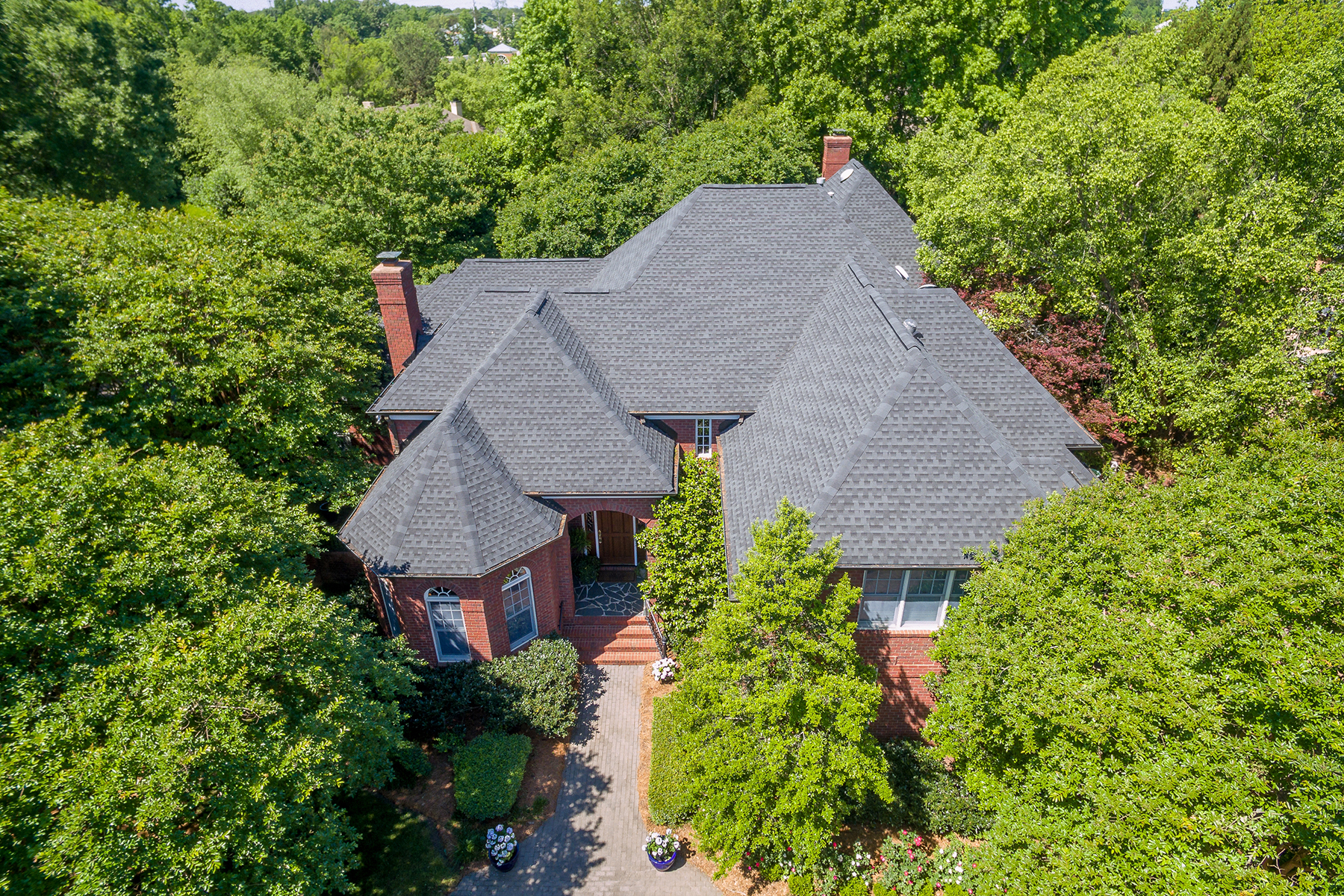 Single Family Home for Sale at 4328 Cameron Oaks Dr , Charlotte, NC 28211 4328 Cameron Oaks Dr Charlotte, North Carolina, 28211 United States