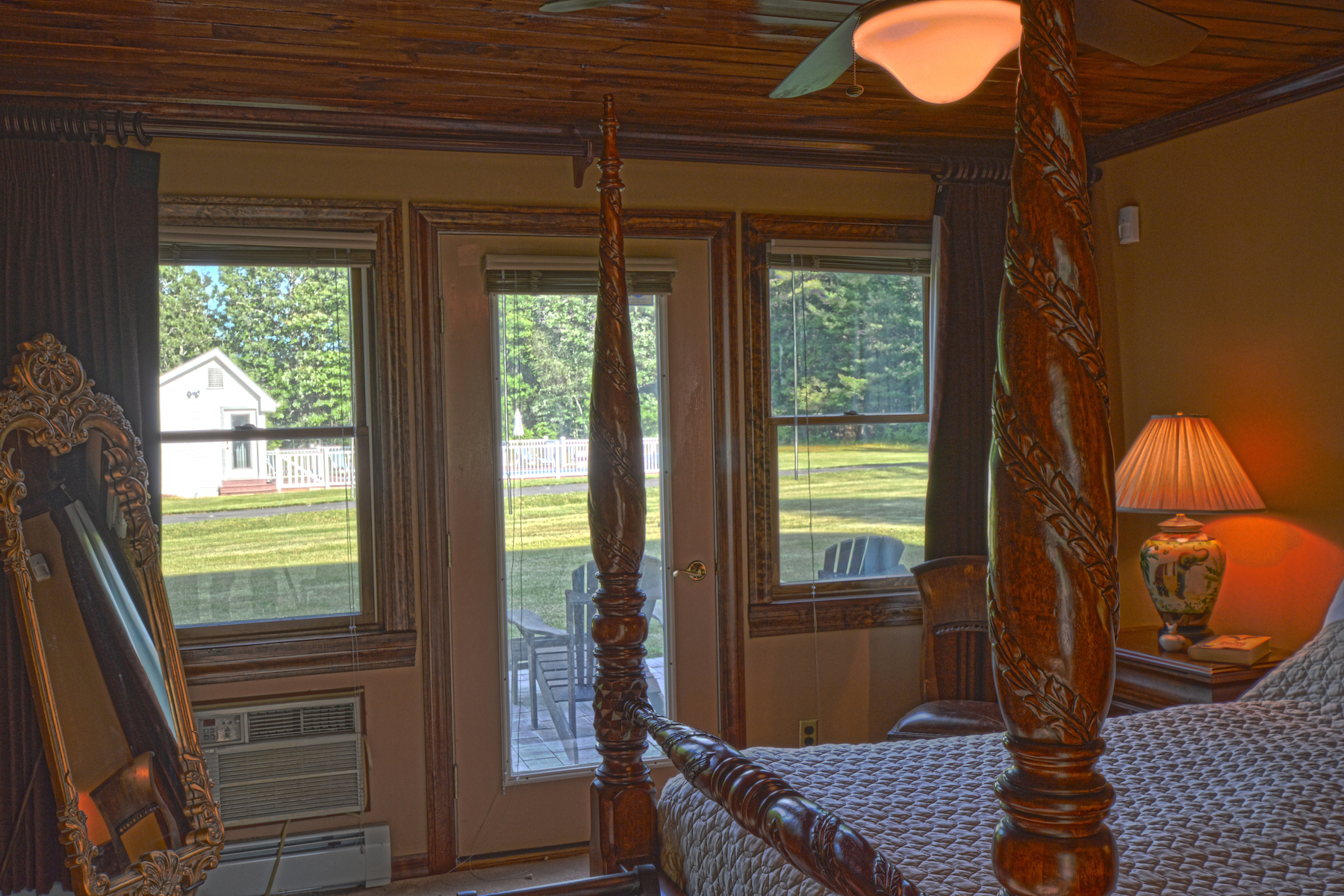 Additional photo for property listing at A Rare Secluded  Family Estate 1.5 hours from NYC 32  Diamond Rd Wawarsing, Нью-Йорк 12428 Соединенные Штаты