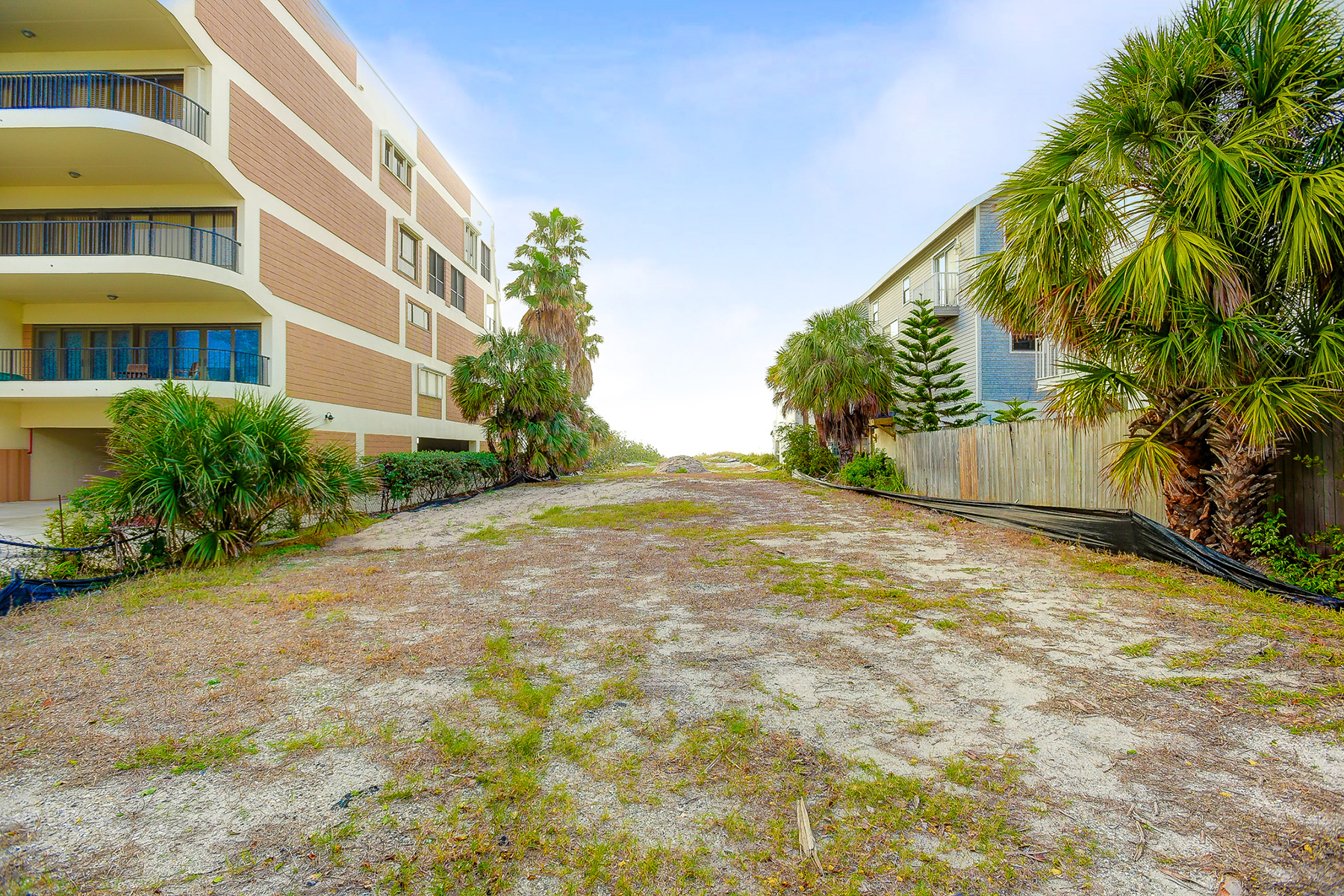Additional photo for property listing at INDIAN SHORES 19914  Gulf Blvd 43,  Indian Shores, Florida 33785 United States