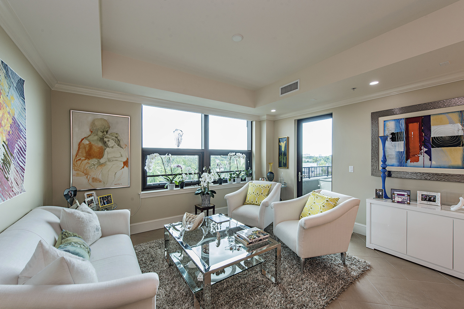 شقة بعمارة للـ Sale في 9115 Strada Pl , 5414, Naples, FL 34108 9115 Strada Pl 5414, Naples, Florida, 34108 United States