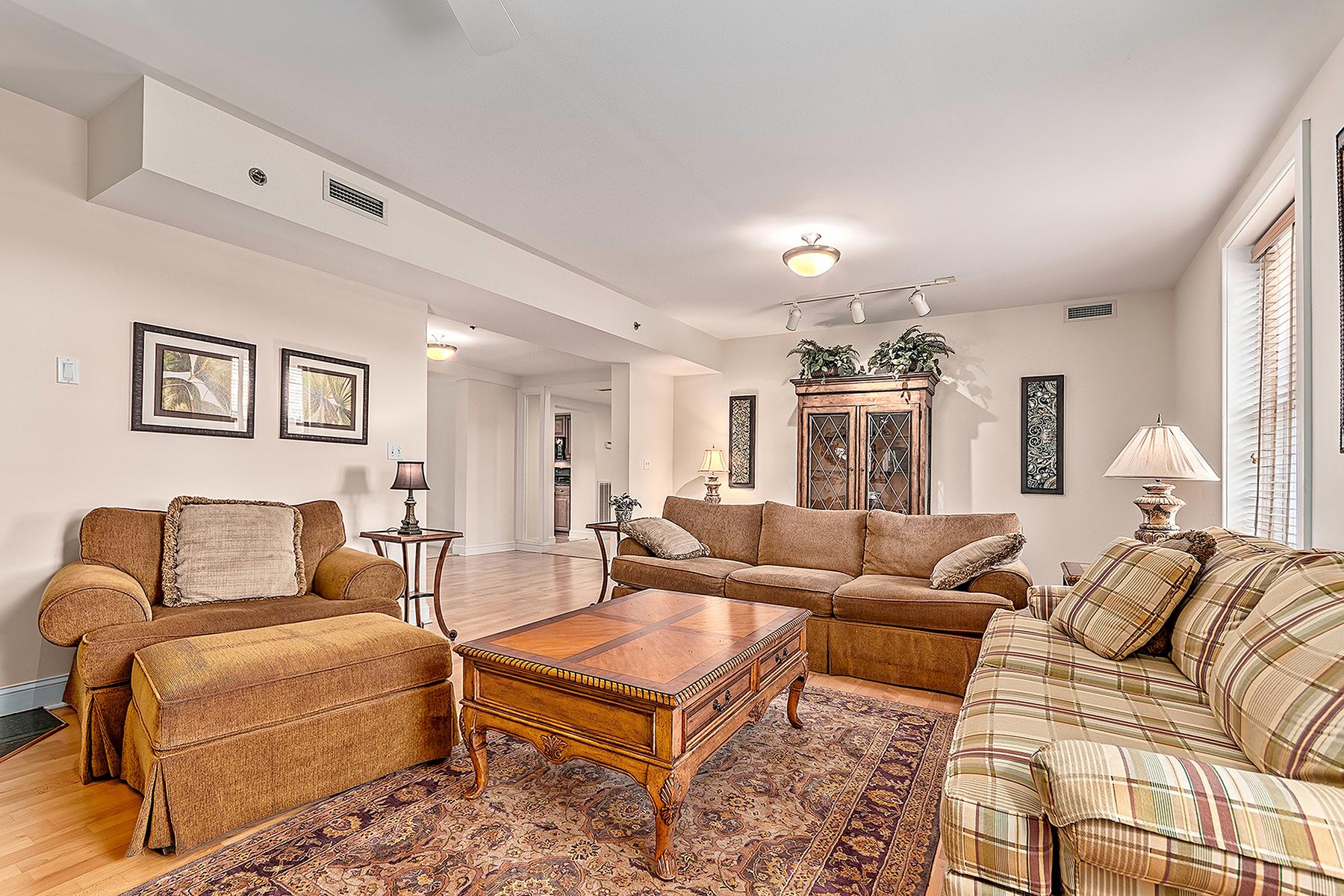 Additional photo for property listing at BILTMORE VILLAGE 8  Village Ln,  Asheville, North Carolina 28803 United States