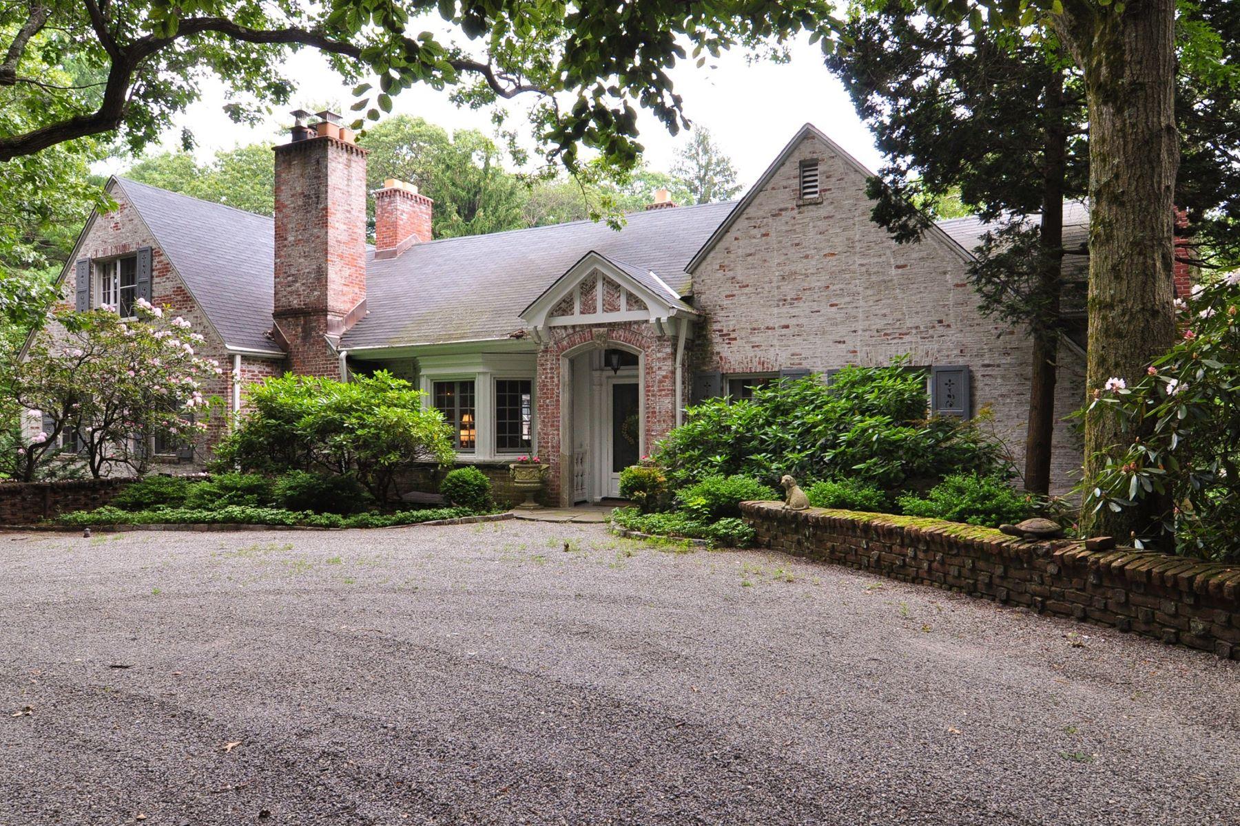 独户住宅 为 销售 在 816 Chicken Valley Rd , Locust Valley, NY 11560 816 Chicken Valley Rd, 卢卡斯特谷, 纽约州, 11560 美国