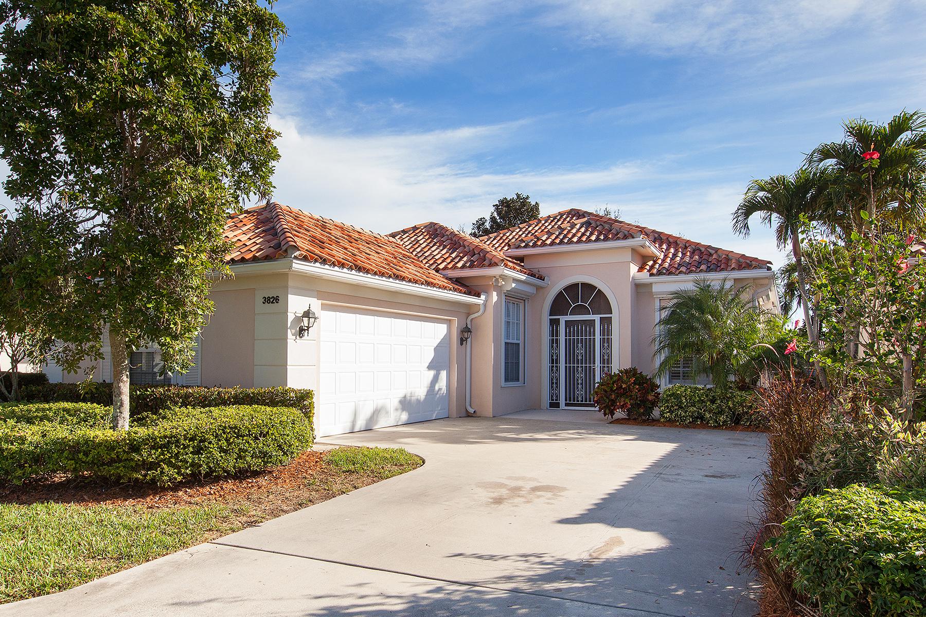 独户住宅 为 销售 在 Naples 3826 Huelva Ct 那不勒斯, 佛罗里达州, 34109 美国