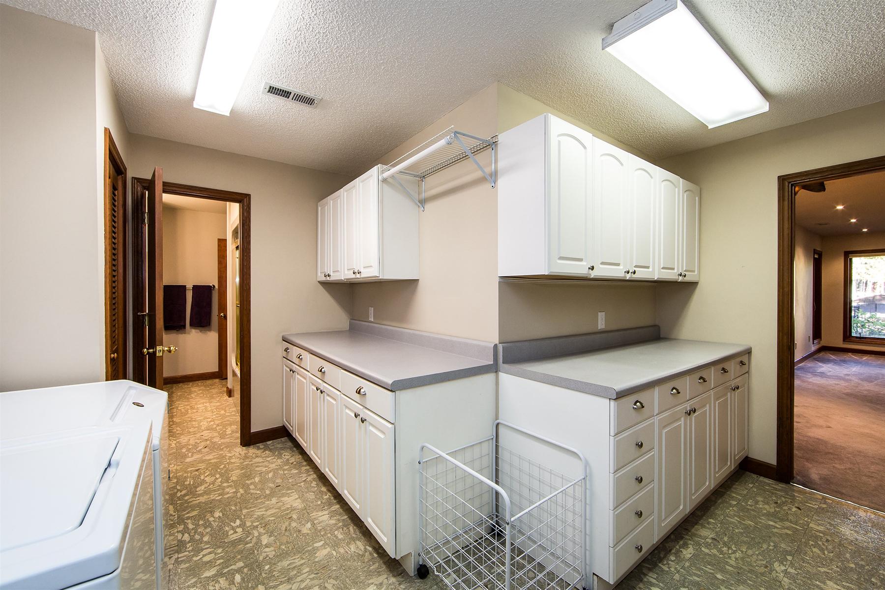 Additional photo for property listing at Bethelwood Estates 20334  Bethelwood Ln 8,  Cornelius, North Carolina 28031 United States