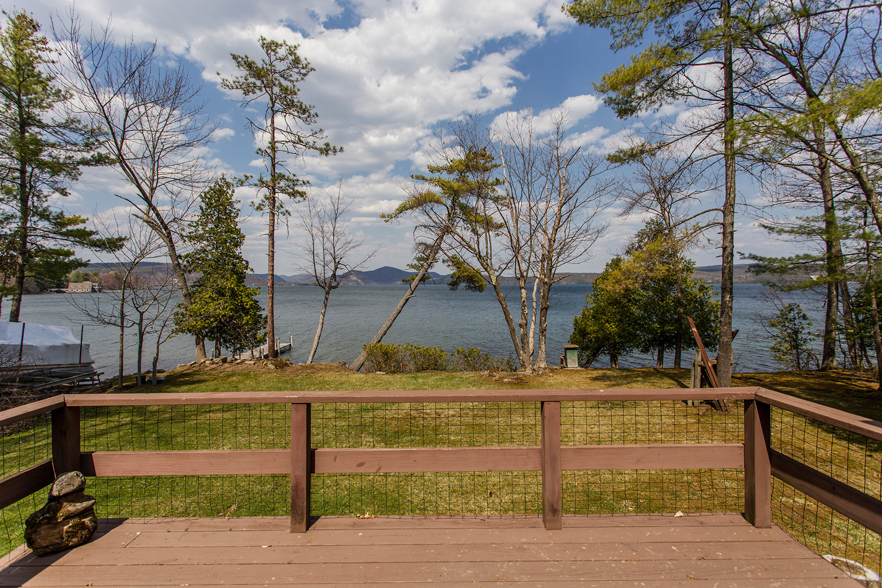 Additional photo for property listing at Waterfront Cottage on Lake George 39  Pine Cove Rd Hague, New York 12836 United States