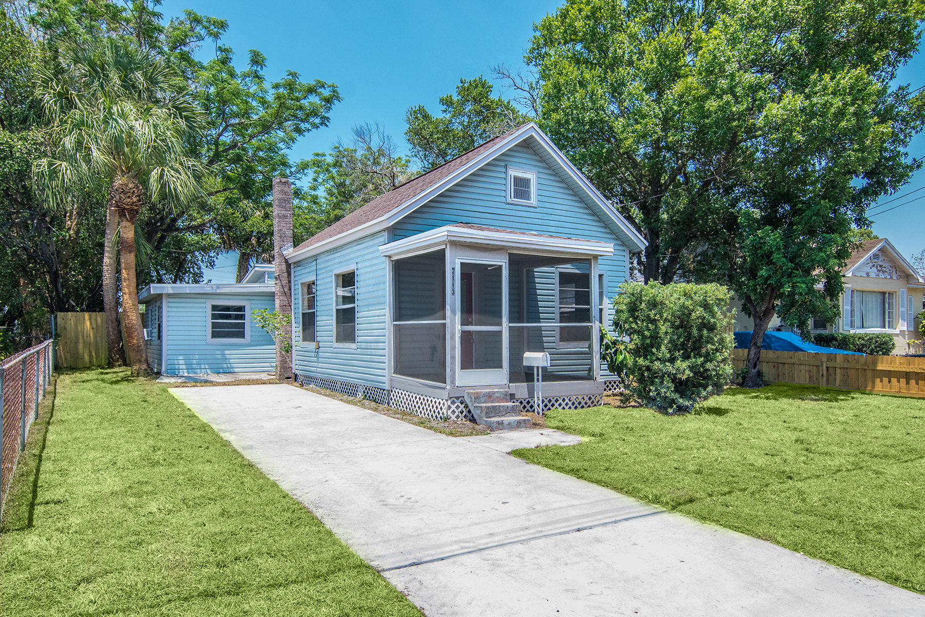 Single Family Home for Sale at TAMPA 2113 W State St, Tampa, Florida 33606 United States