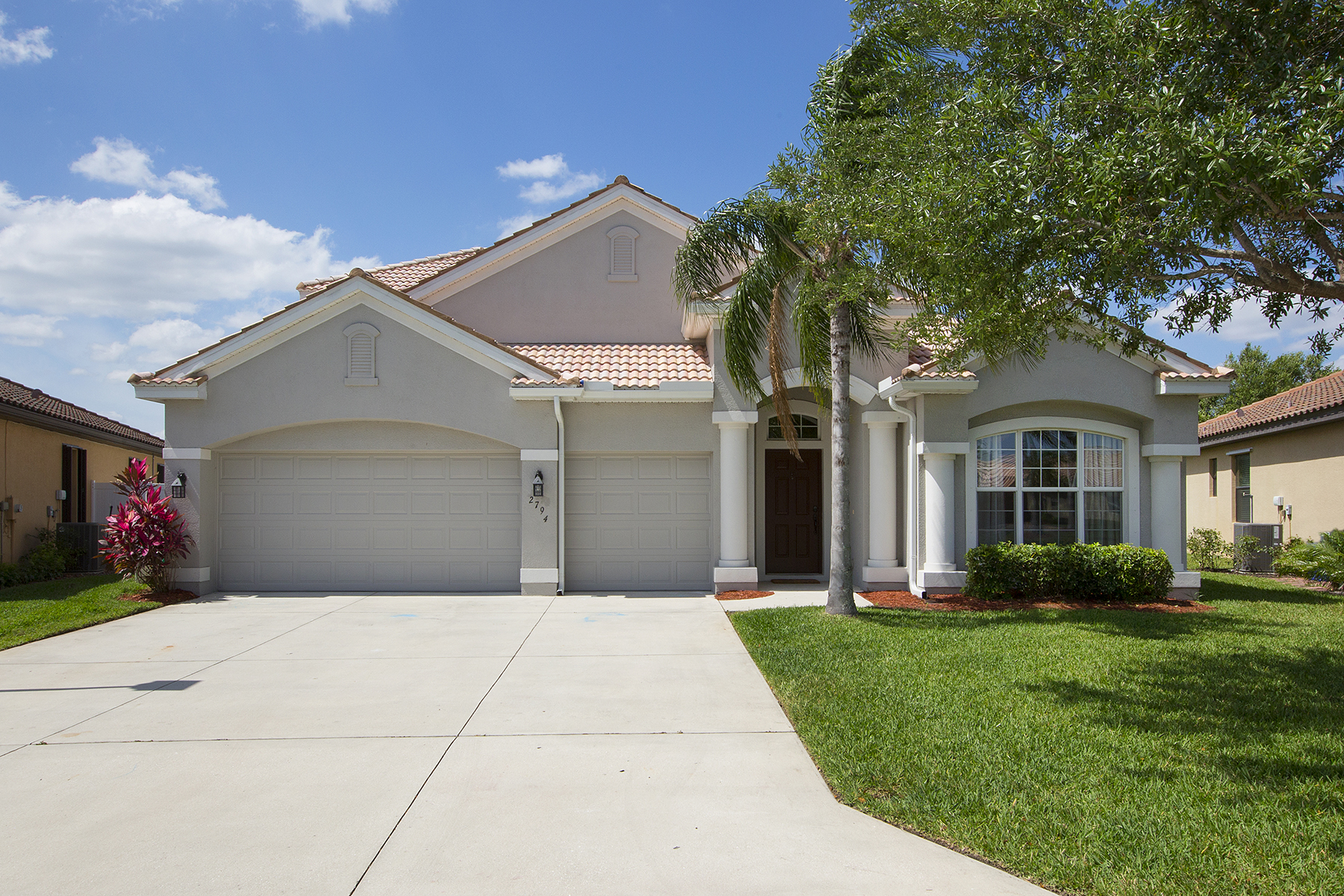 Single Family Home for Sale at THE FORUM - PROMENADE 2794 Via Piazza Loop Fort Myers, Florida, 33905 United States