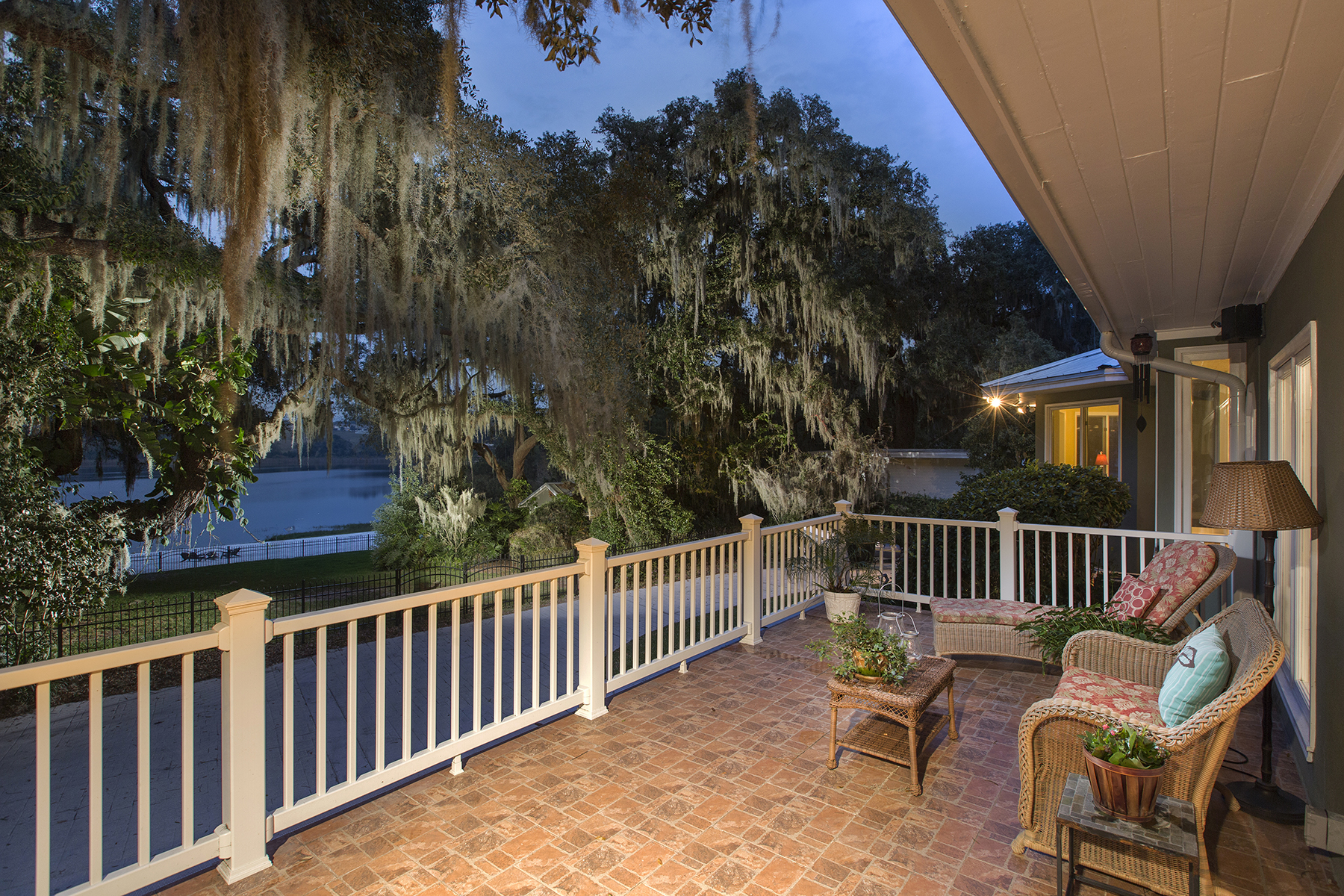 Additional photo for property listing at 1535 E Crooked Lake Dr , Eustis, FL 32726 1535 E Crooked Lake Dr Eustis, Florida 32726 Vereinigte Staaten
