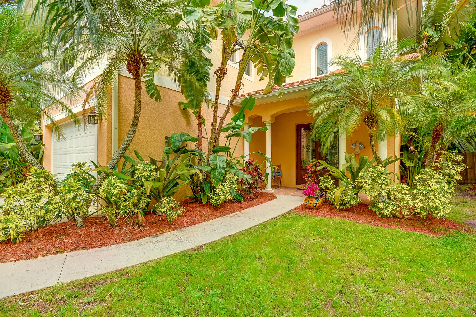 Single Family Home for Sale at SOUTH TAMPA 2823 W Thornton Ave Tampa, Florida, 33611 United States